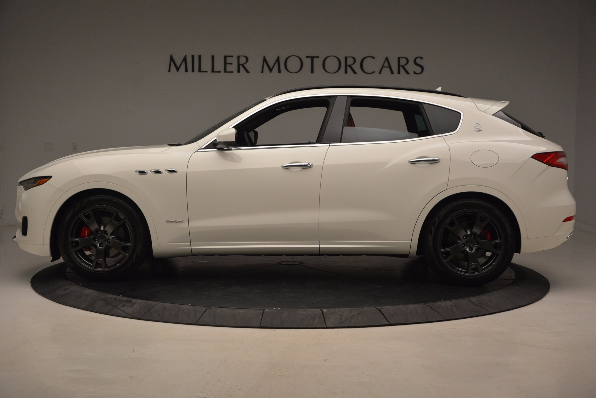 New 2018 Maserati Levante Q4 GranSport For Sale In Greenwich, CT 1570_p3