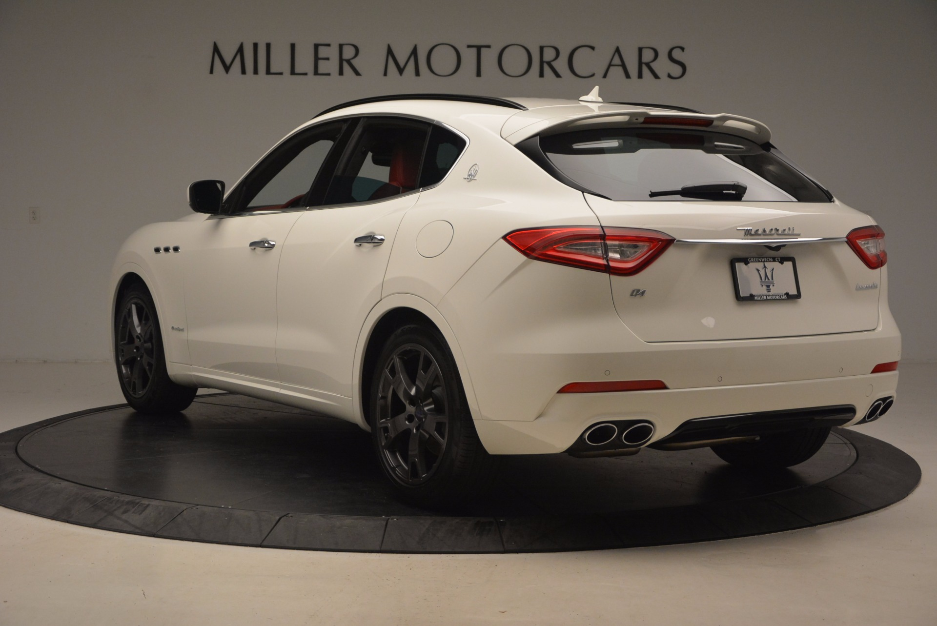 New 2018 Maserati Levante Q4 GranSport For Sale In Greenwich, CT 1570_p5