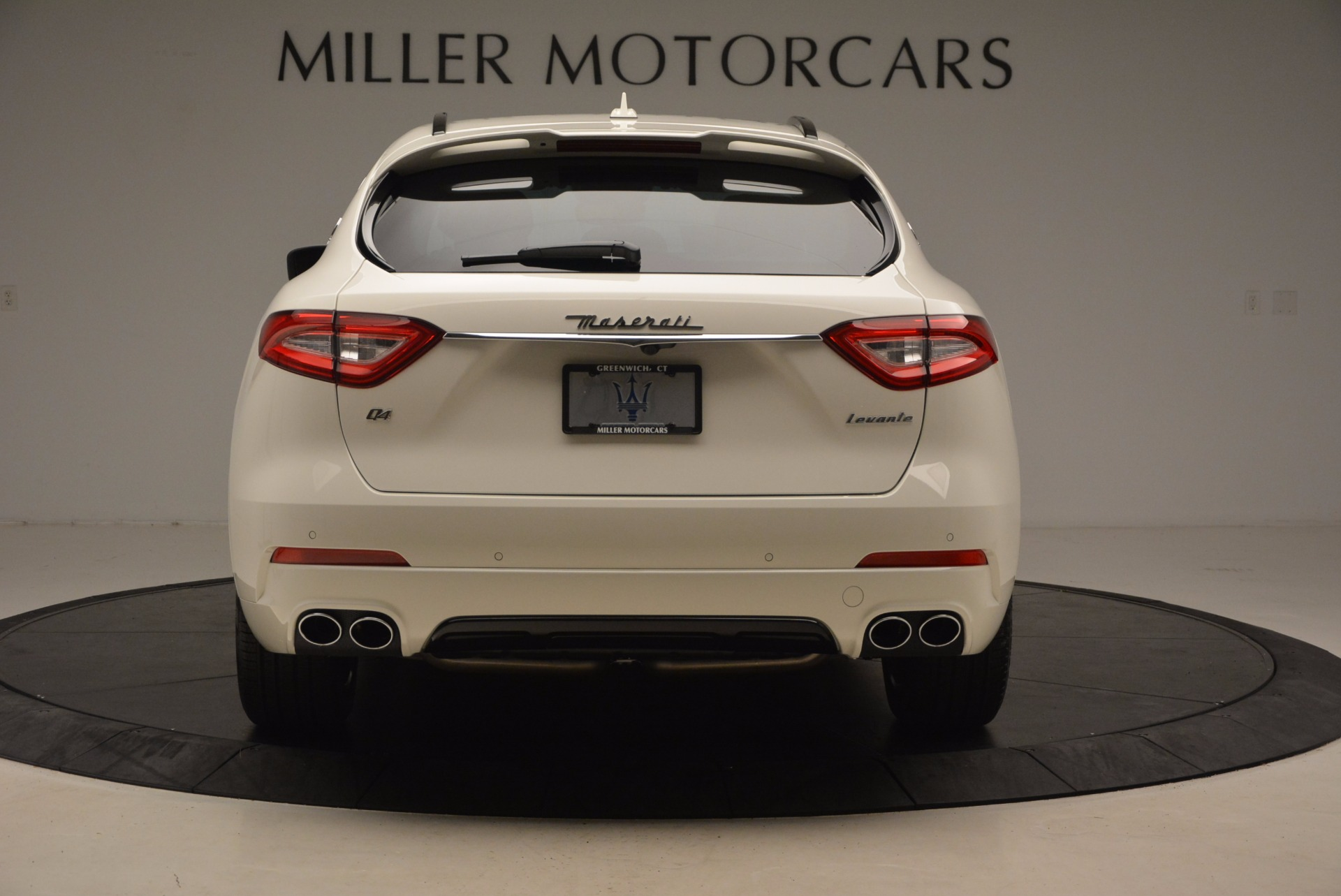 New 2018 Maserati Levante Q4 GranSport For Sale In Greenwich, CT 1570_p6