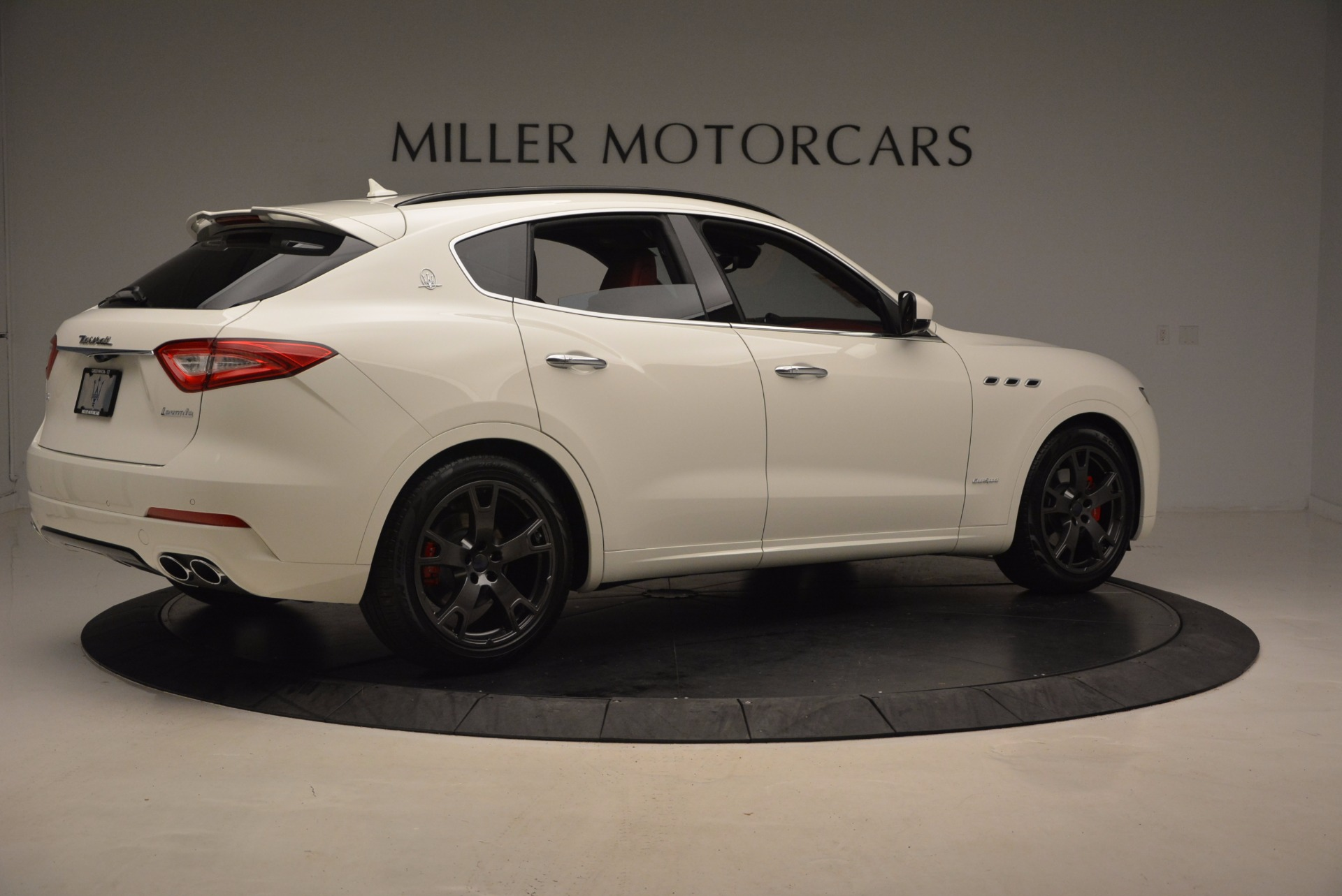 New 2018 Maserati Levante Q4 GranSport For Sale In Greenwich, CT 1570_p8