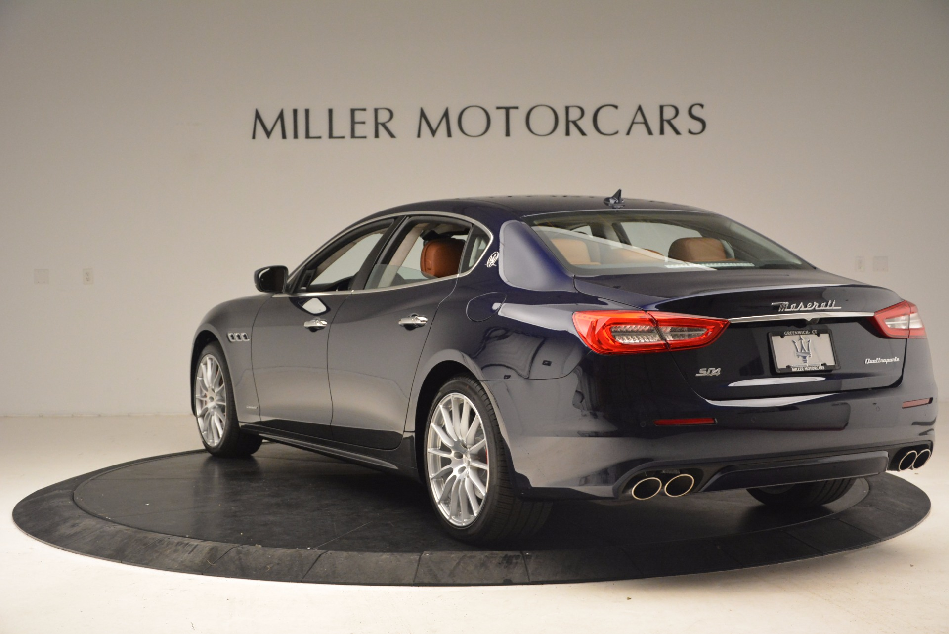 Used 2018 Maserati Quattroporte S Q4 GranLusso For Sale In Greenwich, CT 1572_p5