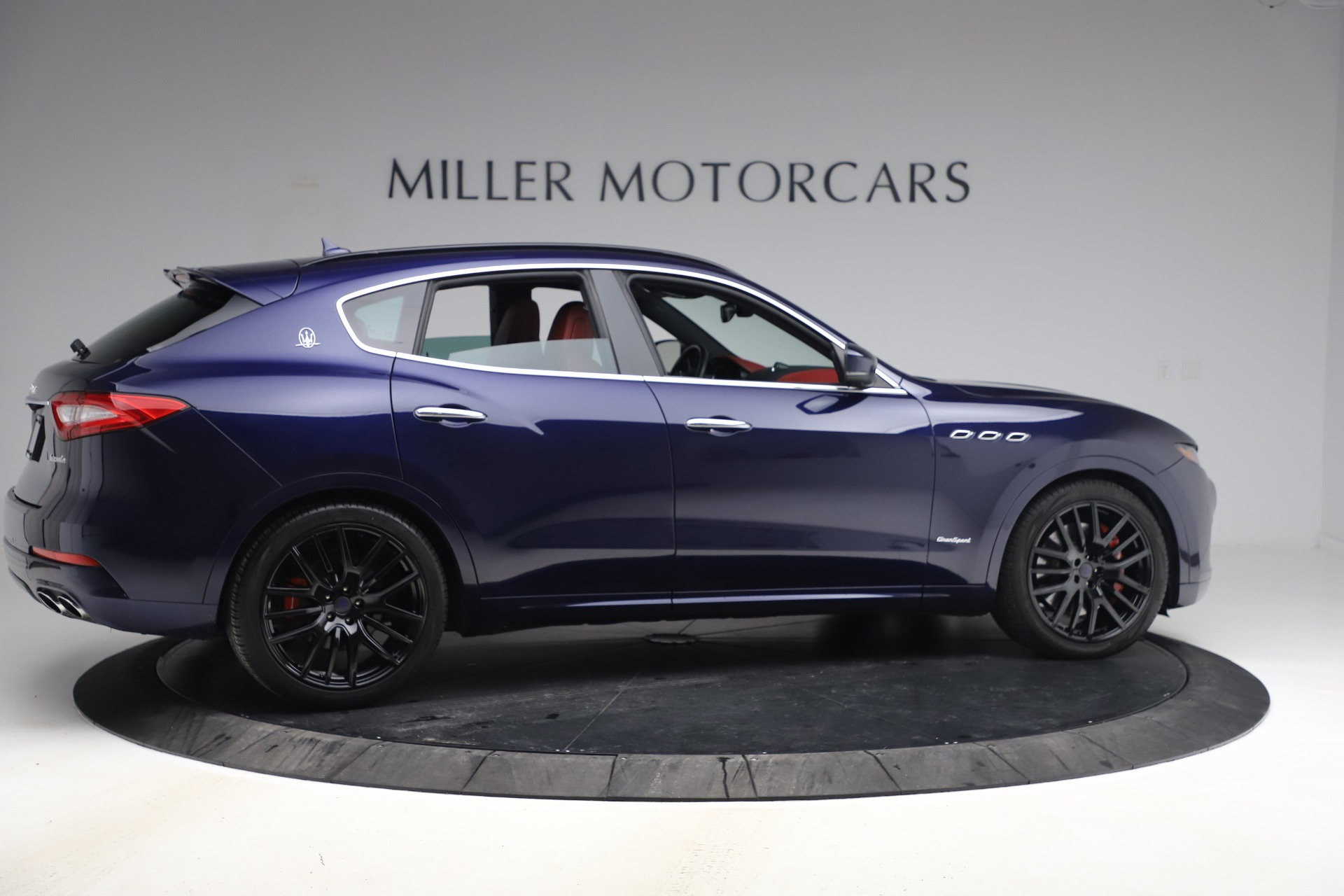 New 2018 Maserati Levante S GranSport For Sale In Greenwich, CT 1575_p9