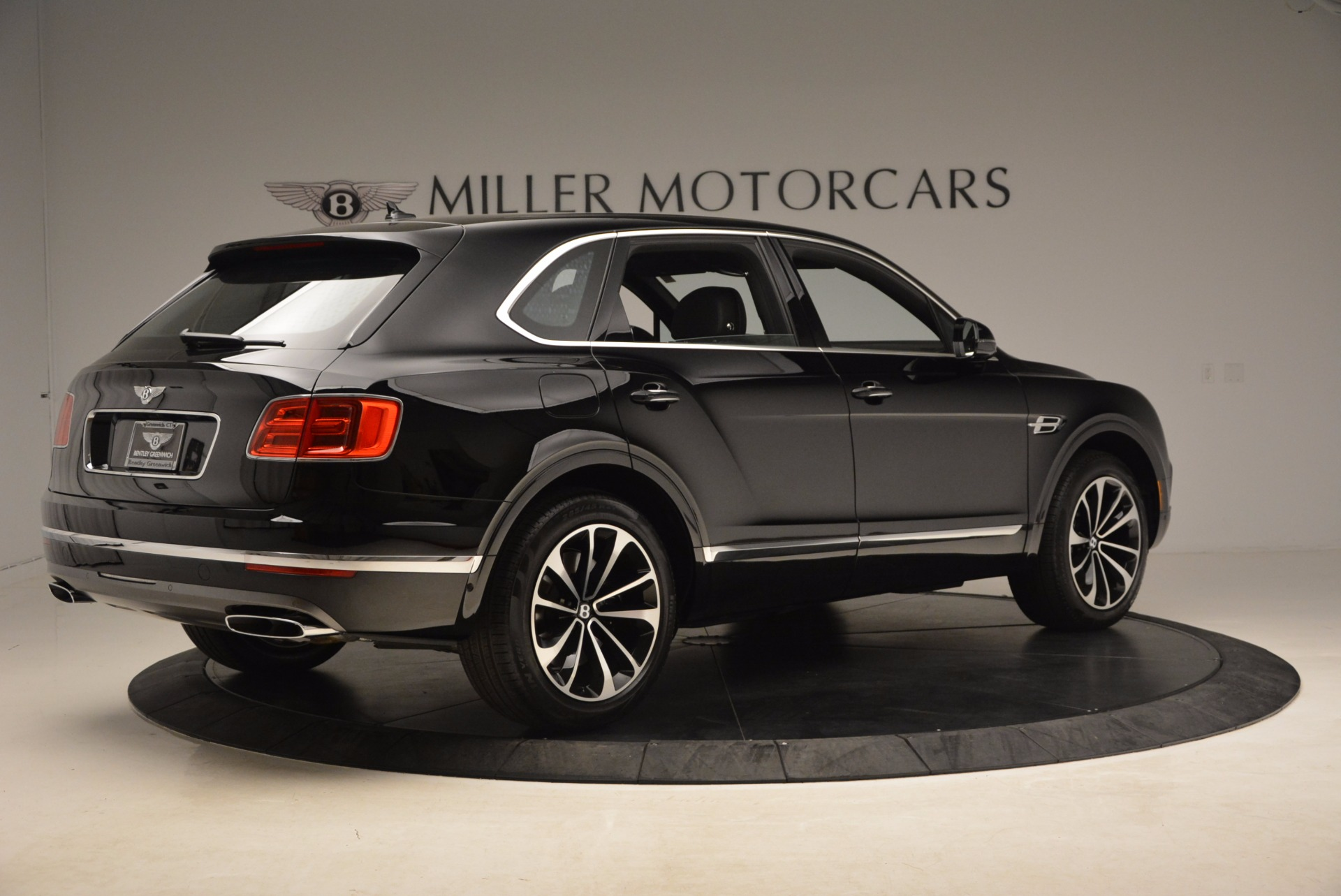 New 2018 Bentley Bentayga Onyx For Sale In Greenwich, CT 1579_p10