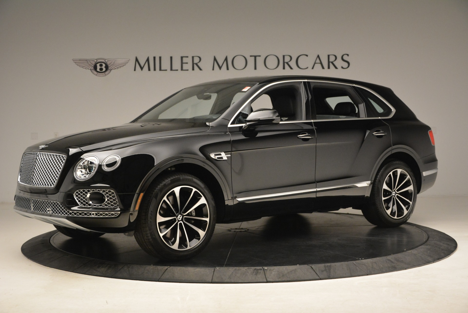 New 2018 Bentley Bentayga Onyx For Sale In Greenwich, CT 1579_p3
