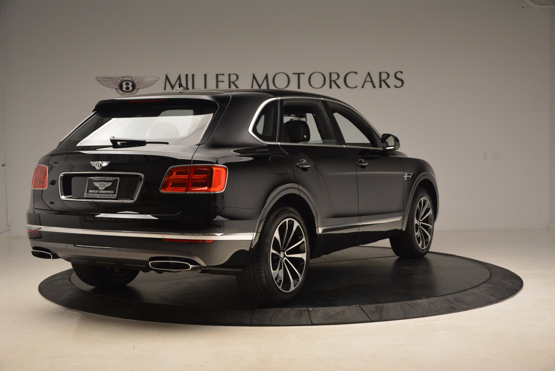New 2018 Bentley Bentayga Onyx For Sale In Greenwich, CT 1579_p9