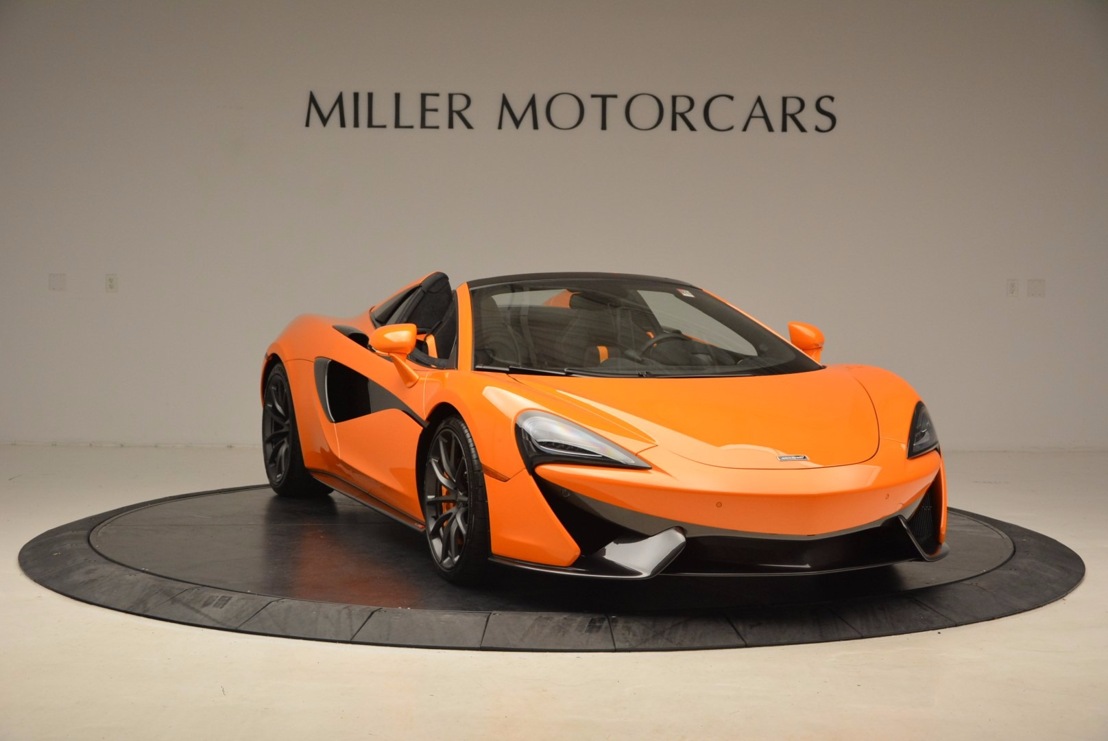 New 2018 McLaren 570S Spider  For Sale In Greenwich, CT 1580_p11
