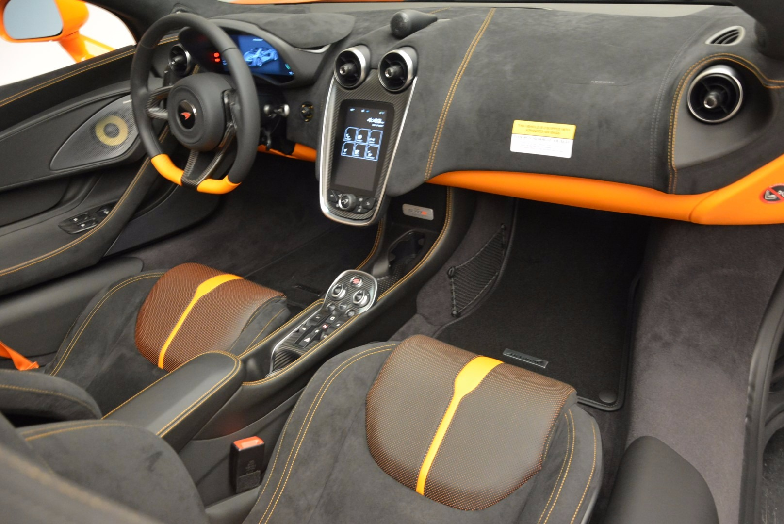 New 2018 McLaren 570S Spider  For Sale In Greenwich, CT 1580_p29