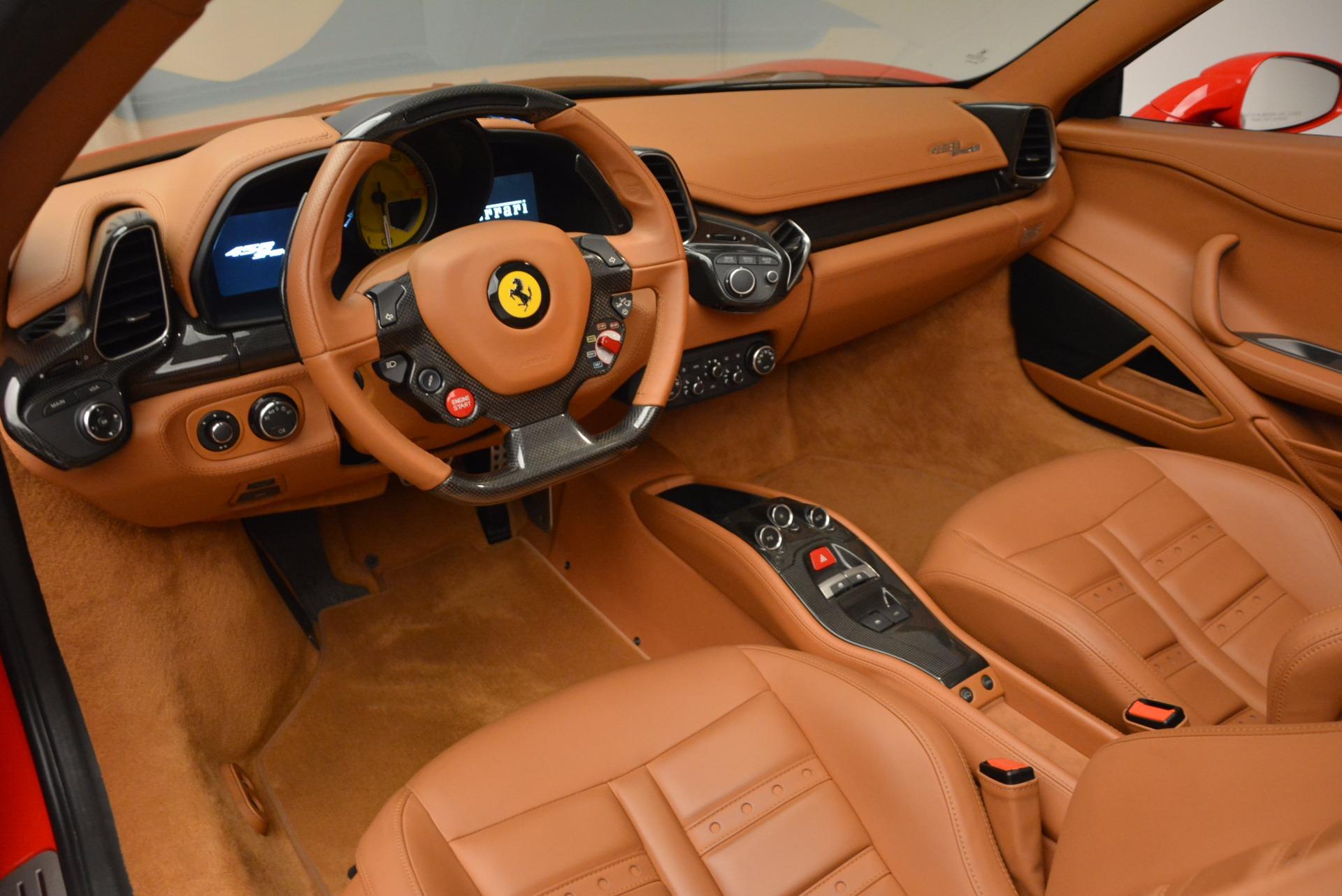 Used 2012 Ferrari 458 Spider  For Sale In Greenwich, CT 1581_p25