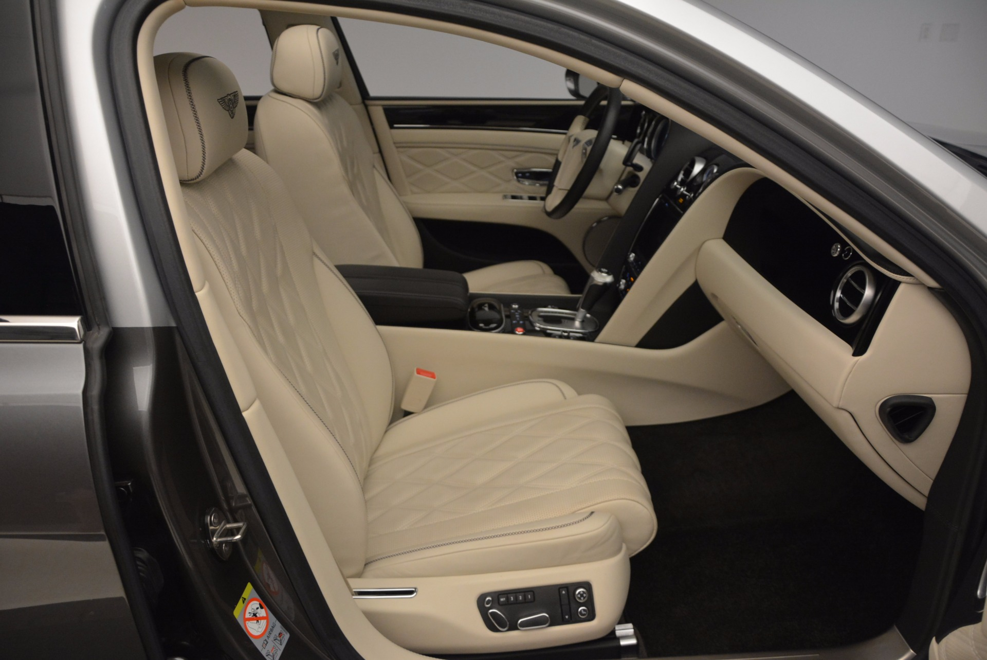 Used 2015 Bentley Flying Spur W12 For Sale In Greenwich, CT 1582_p40