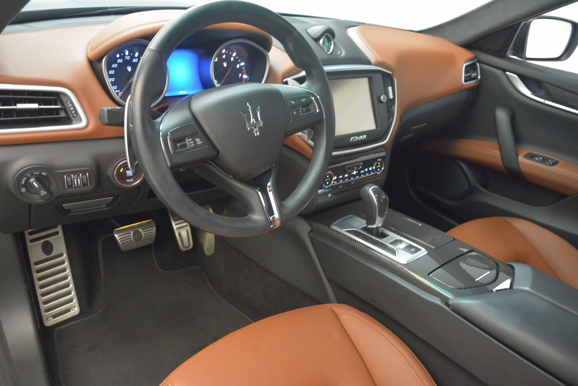 Used 2014 Maserati Ghibli S Q4 For Sale In Greenwich, CT 1587_p14