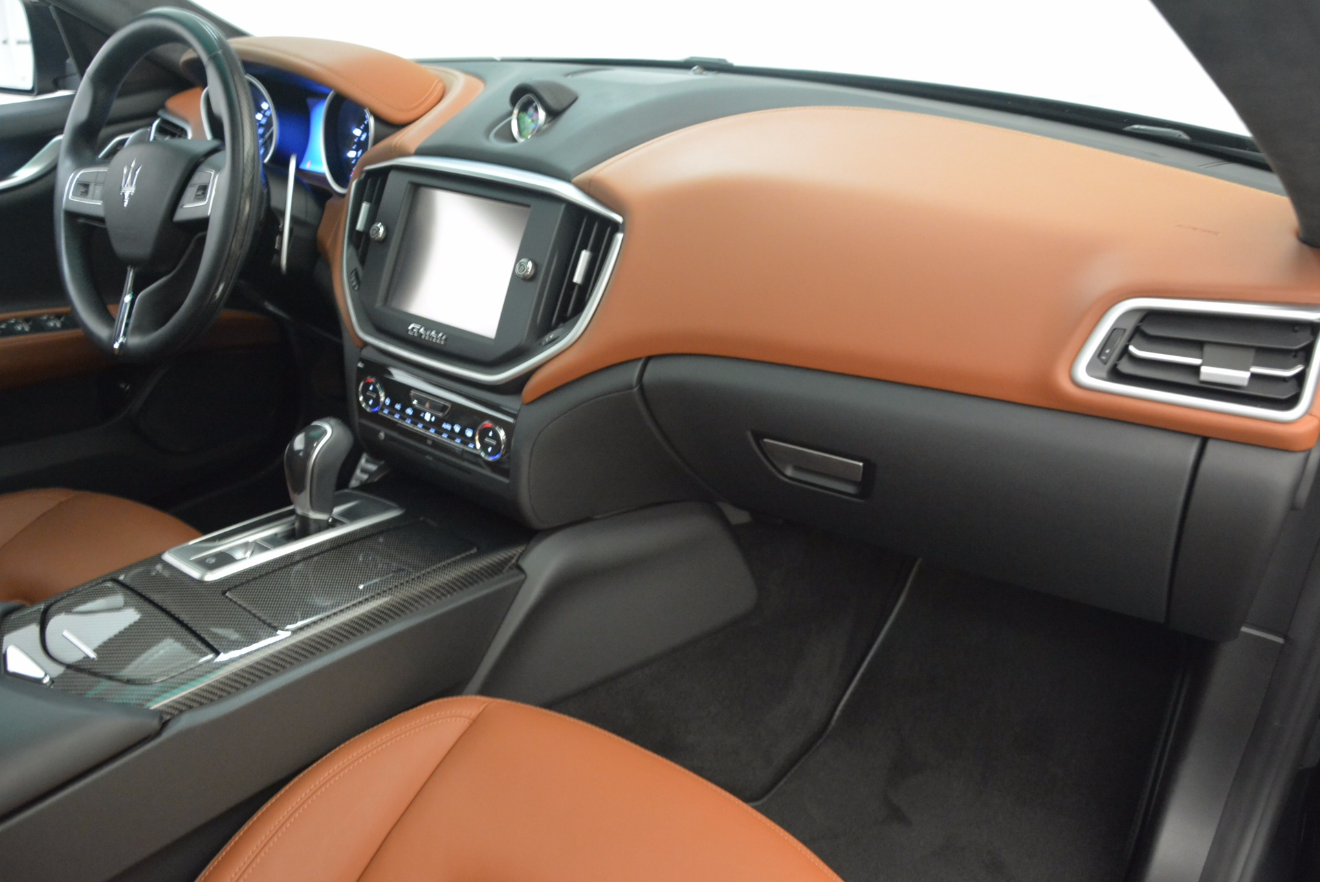 Used 2014 Maserati Ghibli S Q4 For Sale In Greenwich, CT 1587_p23