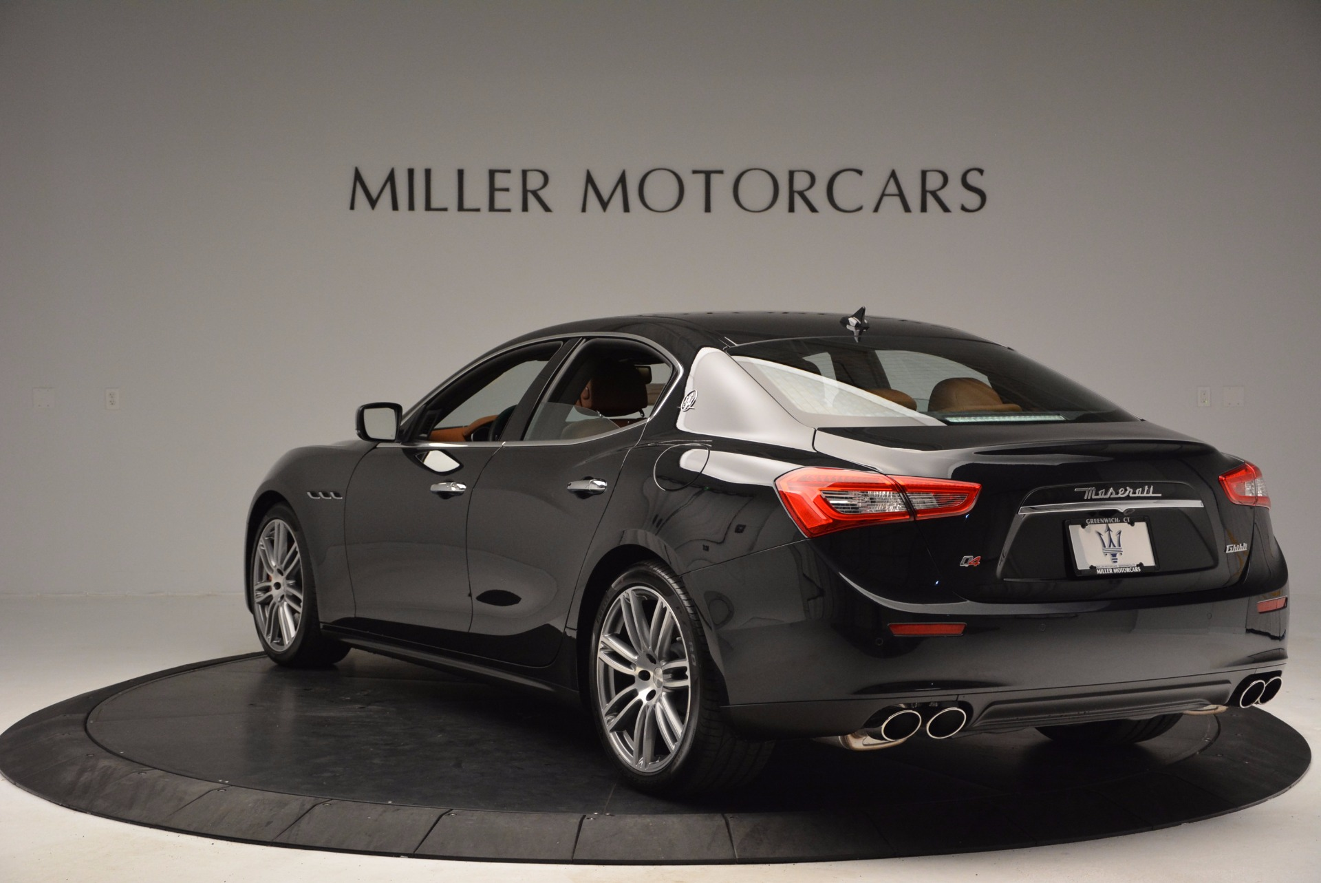 Used 2014 Maserati Ghibli S Q4 For Sale In Greenwich, CT 1587_p5
