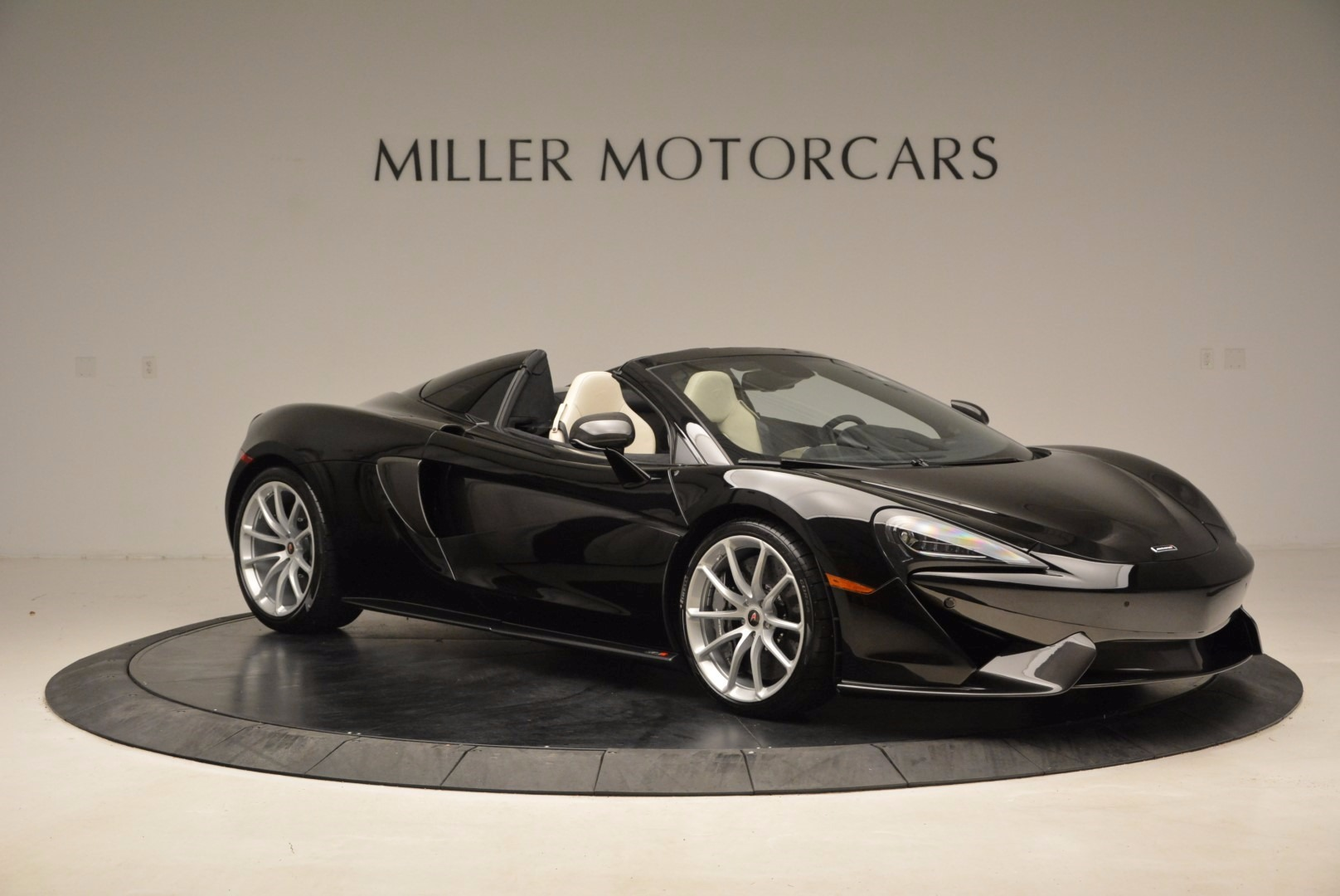 New 2018 McLaren 570S Spider  For Sale In Greenwich, CT 1595_p10