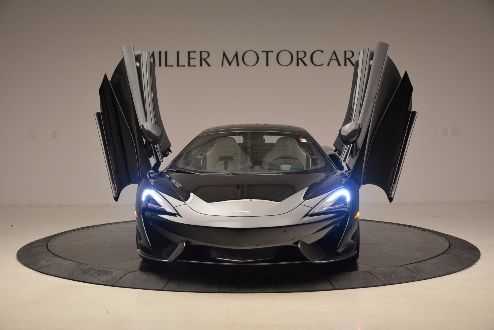 New 2018 McLaren 570S Spider  For Sale In Greenwich, CT 1595_p13