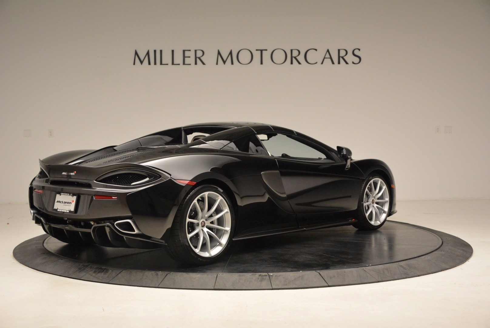 New 2018 McLaren 570S Spider  For Sale In Greenwich, CT 1595_p19
