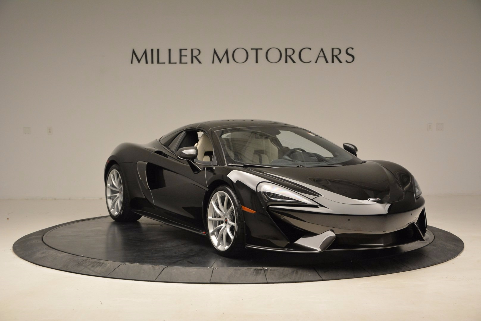 New 2018 McLaren 570S Spider  For Sale In Greenwich, CT 1595_p21