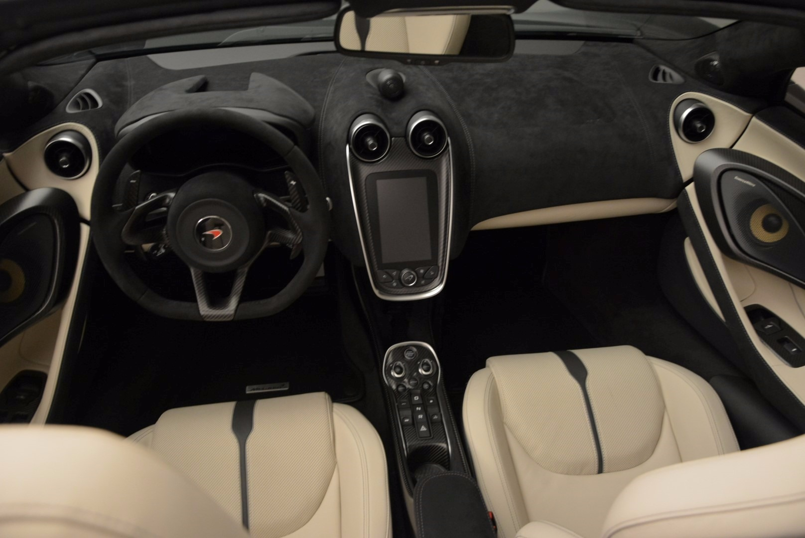 New 2018 McLaren 570S Spider  For Sale In Greenwich, CT 1595_p24