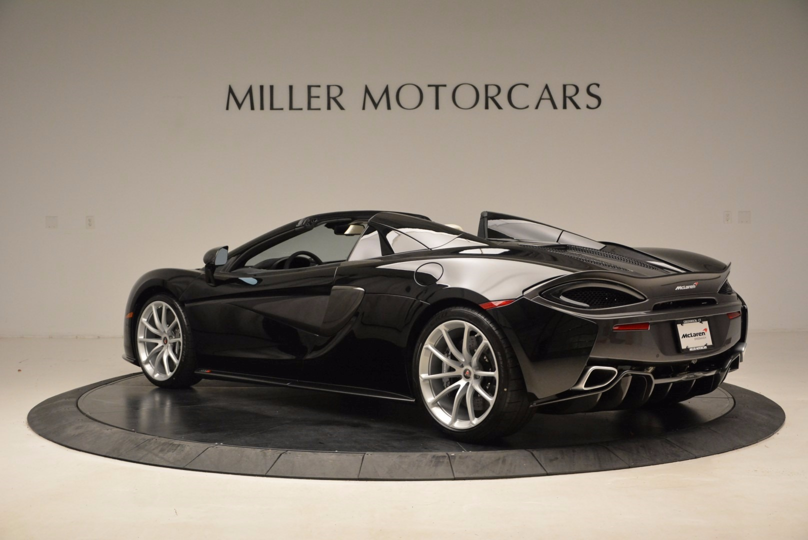 New 2018 McLaren 570S Spider  For Sale In Greenwich, CT 1595_p4