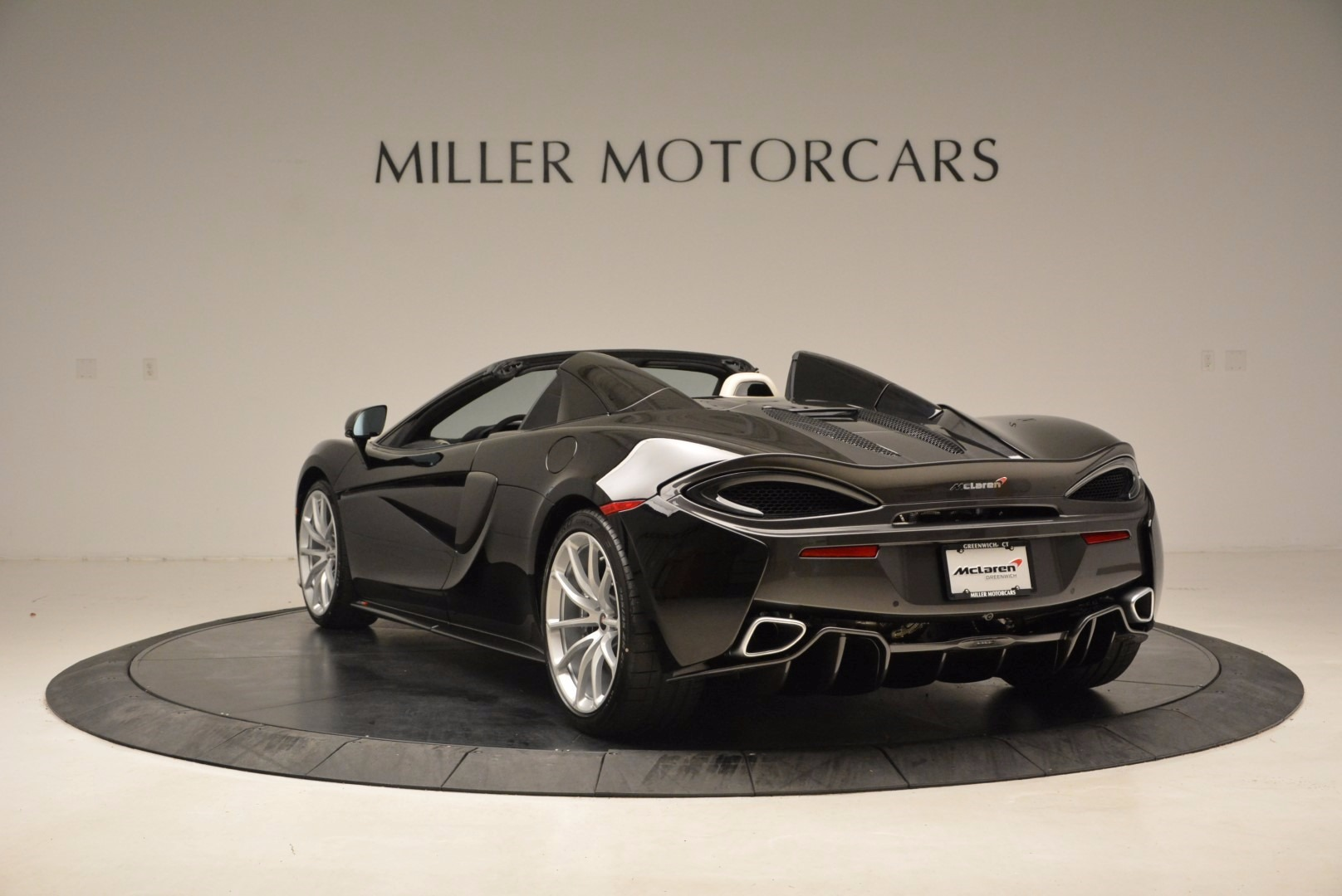 New 2018 McLaren 570S Spider  For Sale In Greenwich, CT 1595_p5