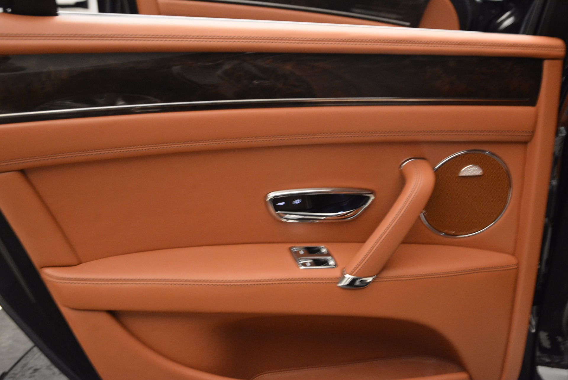 Used 2014 Bentley Flying Spur W12 For Sale In Greenwich, CT 1598_p31