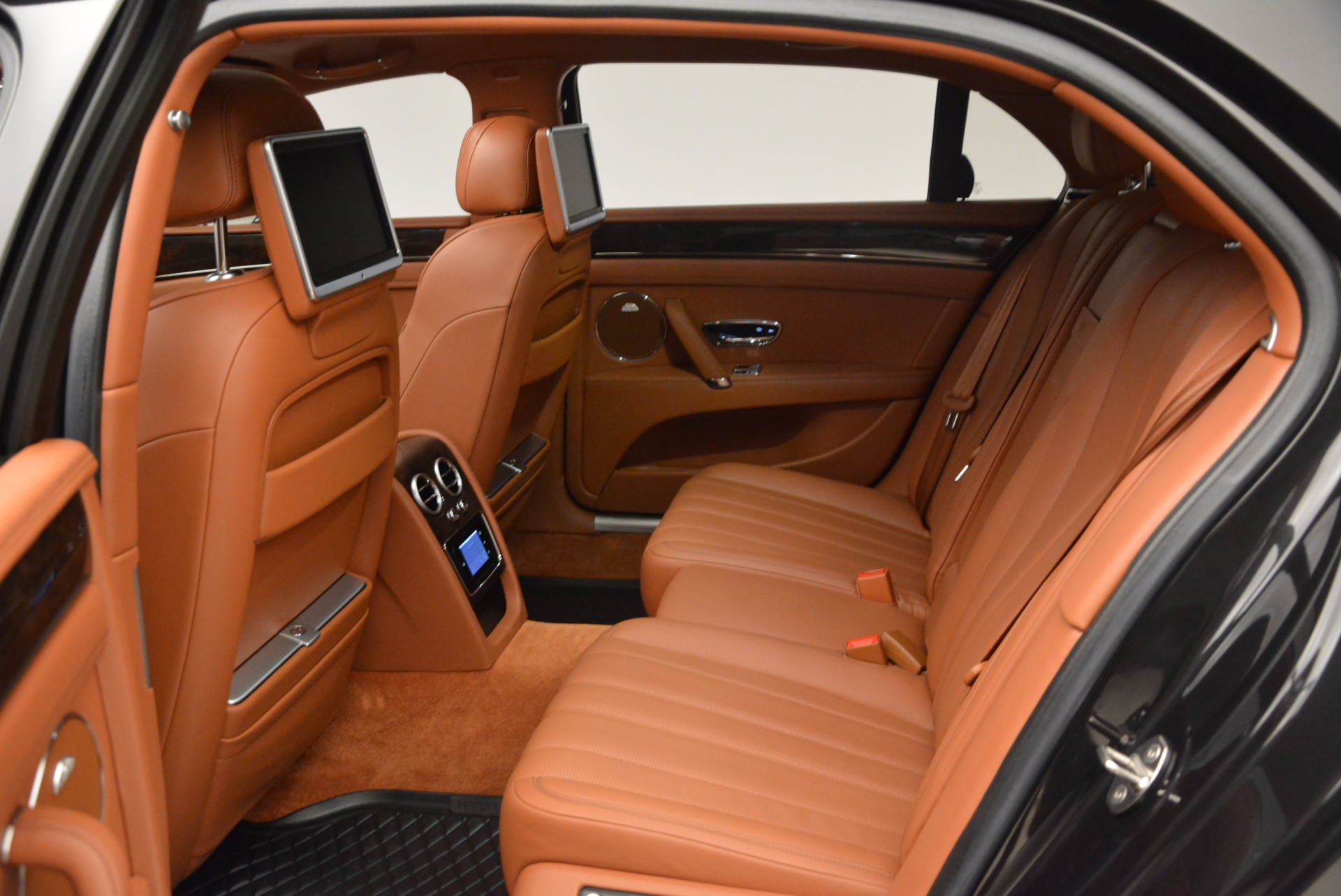 Used 2014 Bentley Flying Spur W12 For Sale In Greenwich, CT 1598_p33