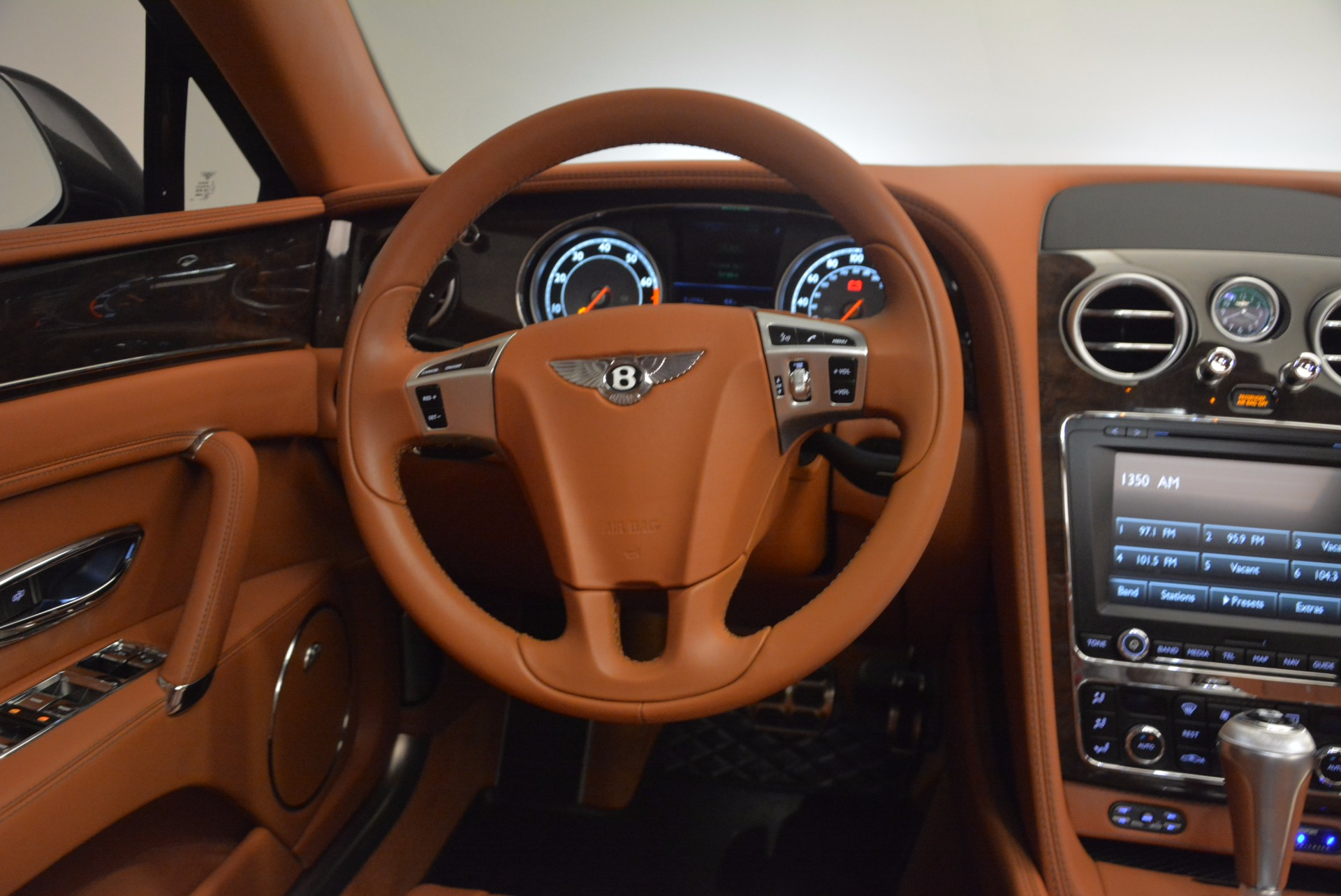 Used 2014 Bentley Flying Spur W12 For Sale In Greenwich, CT 1598_p44