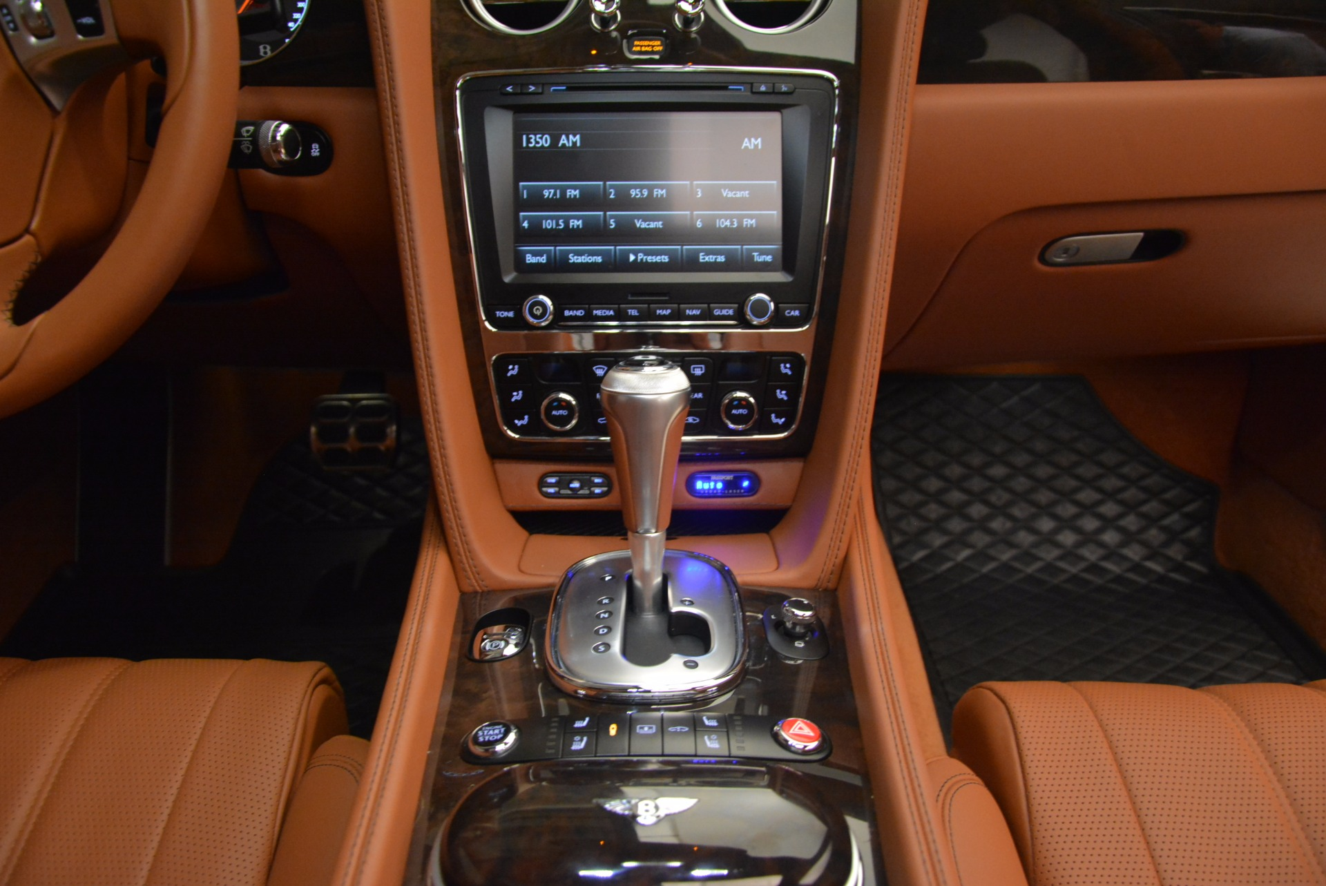 Used 2014 Bentley Flying Spur W12 For Sale In Greenwich, CT 1598_p45
