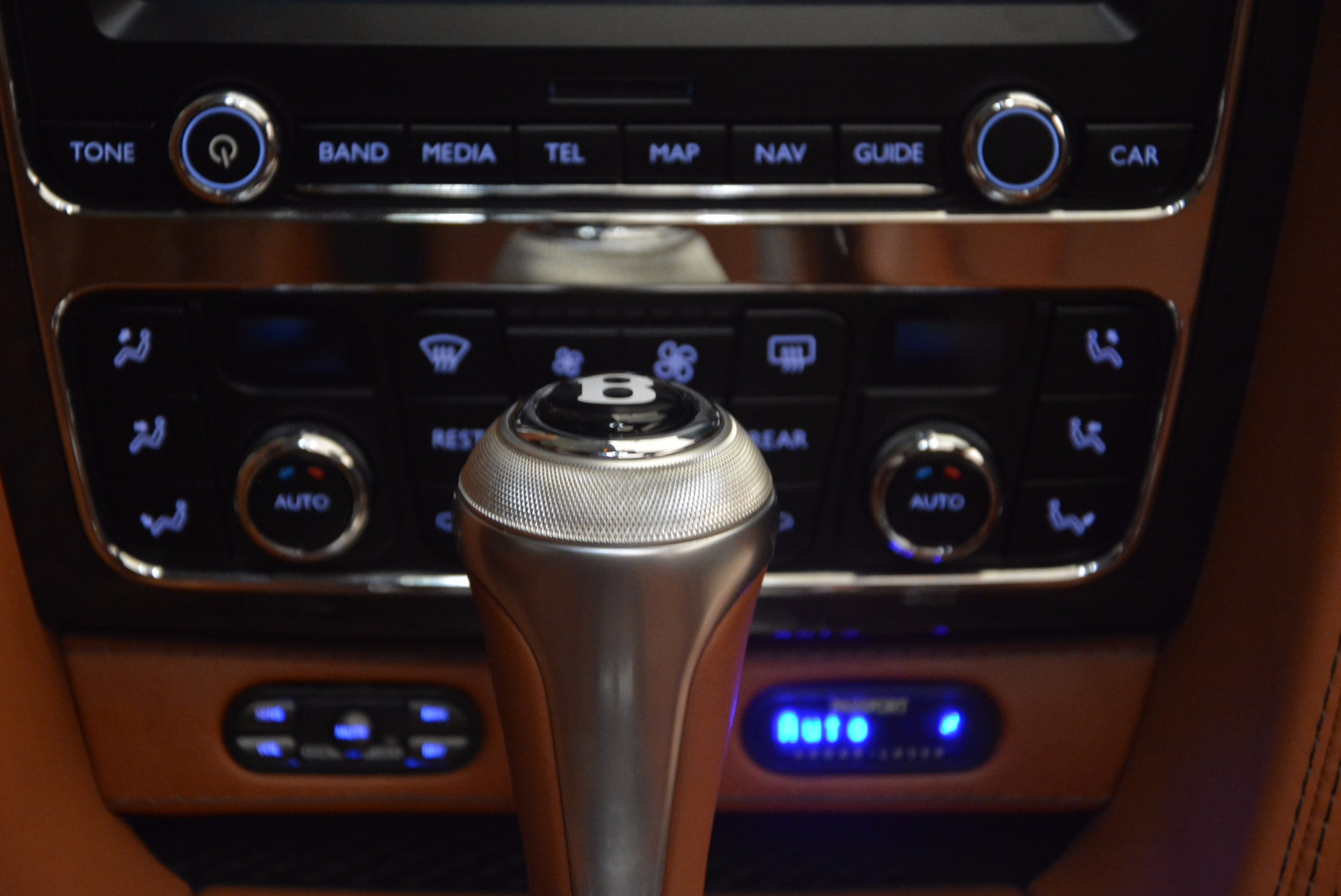Used 2014 Bentley Flying Spur W12 For Sale In Greenwich, CT 1598_p47