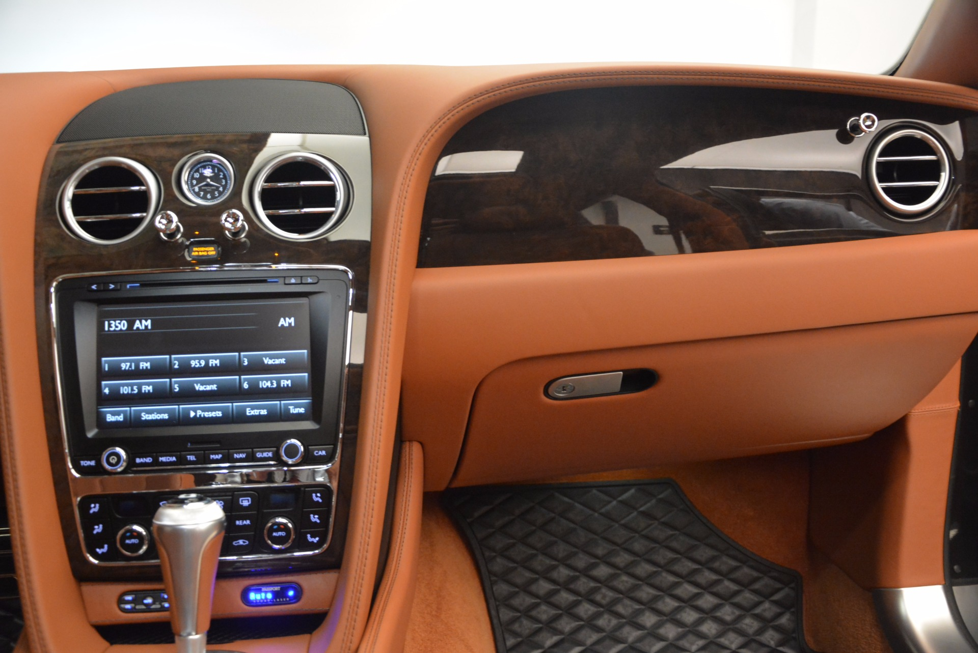 Used 2014 Bentley Flying Spur W12 For Sale In Greenwich, CT 1598_p48
