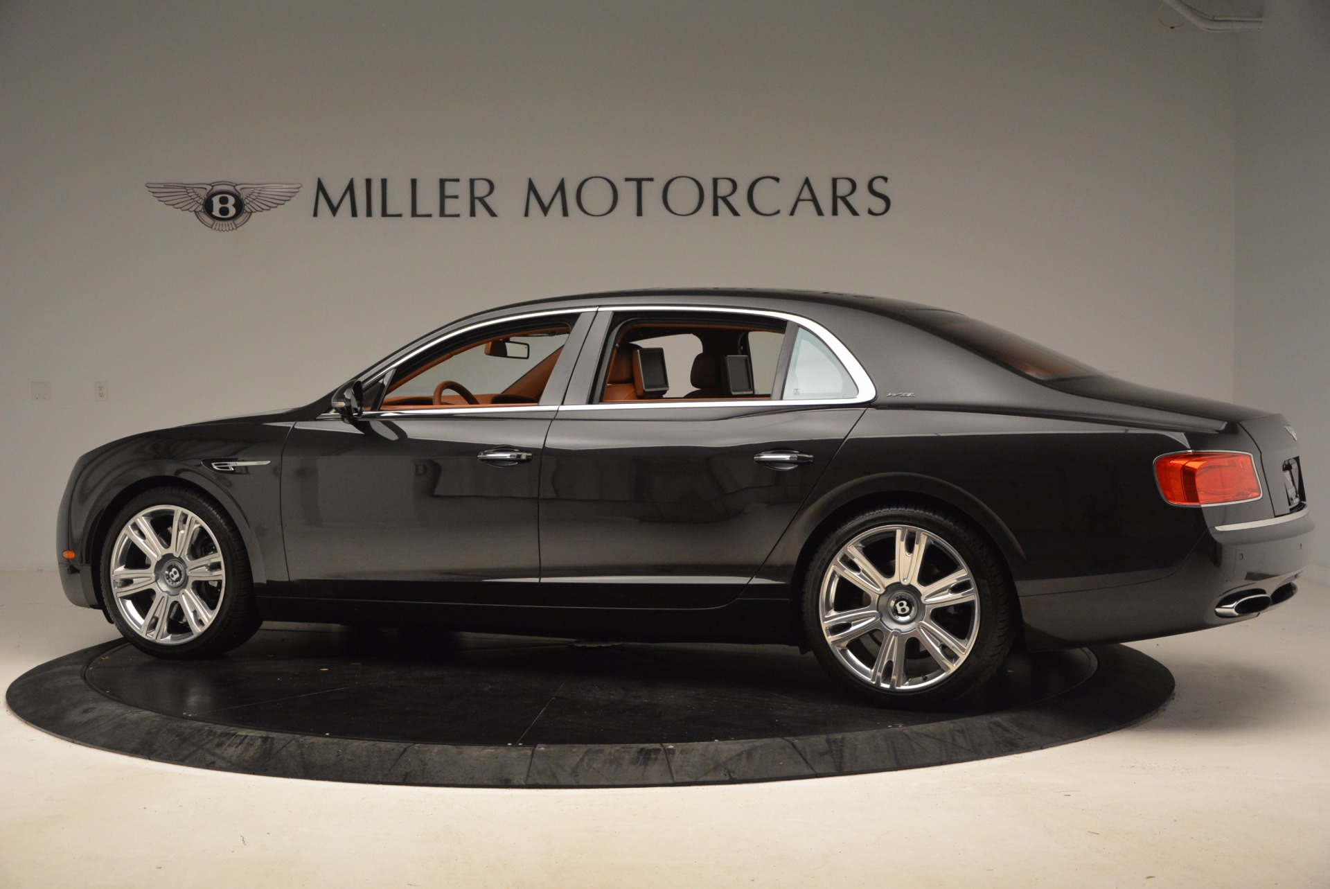Used 2014 Bentley Flying Spur W12 For Sale In Greenwich, CT 1598_p5