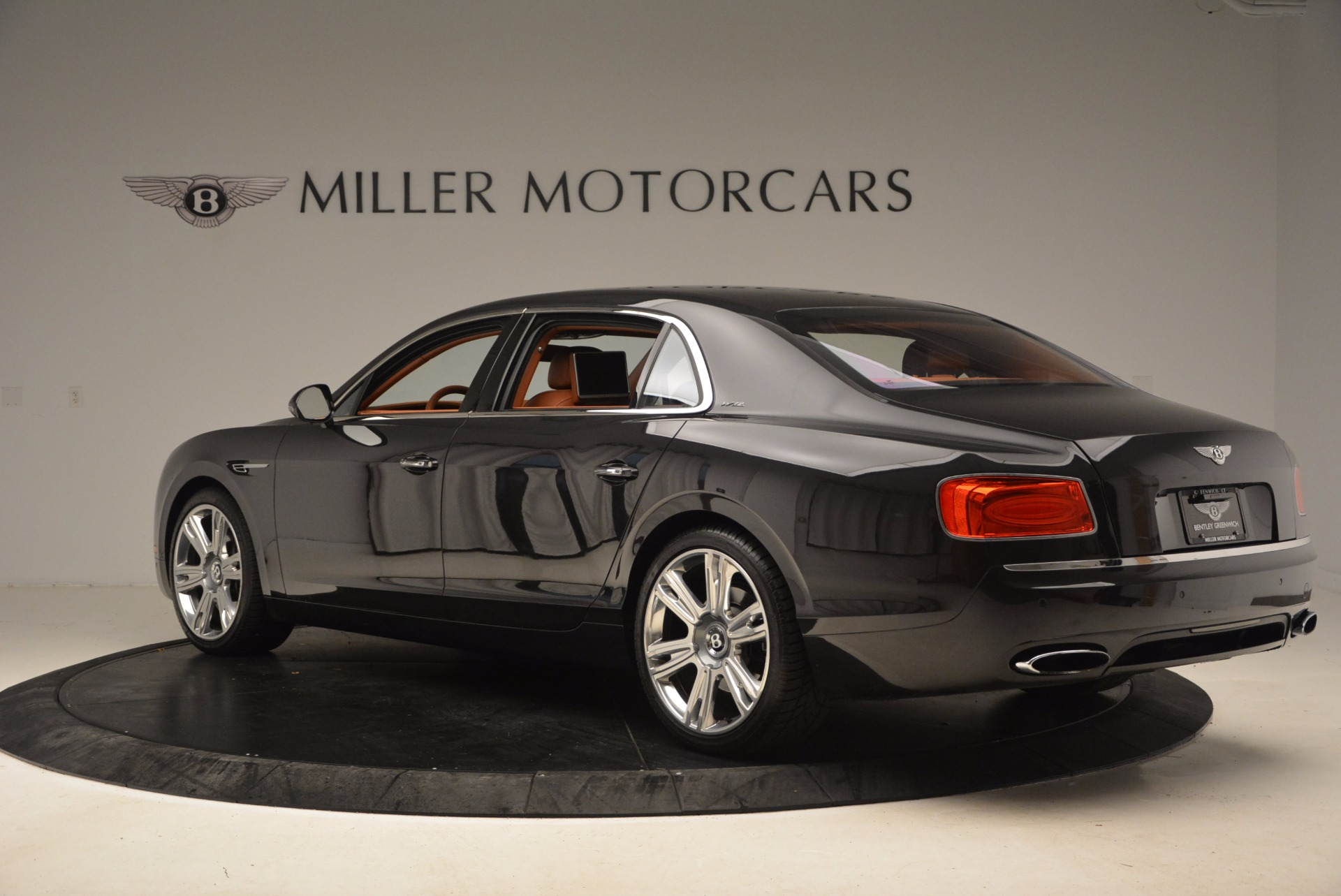 Used 2014 Bentley Flying Spur W12 For Sale In Greenwich, CT 1598_p6