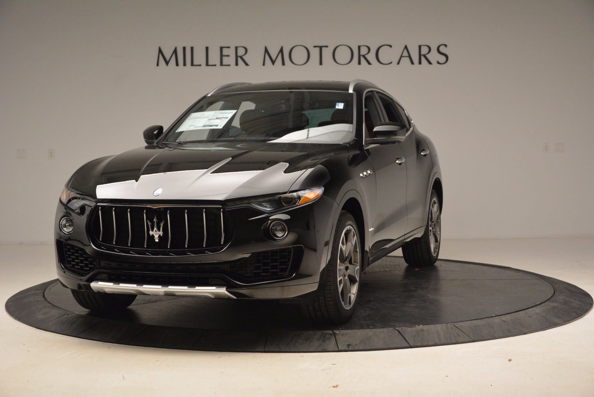 New 2018 Maserati Levante Q4 GranLusso For Sale In Greenwich, CT 1599_main