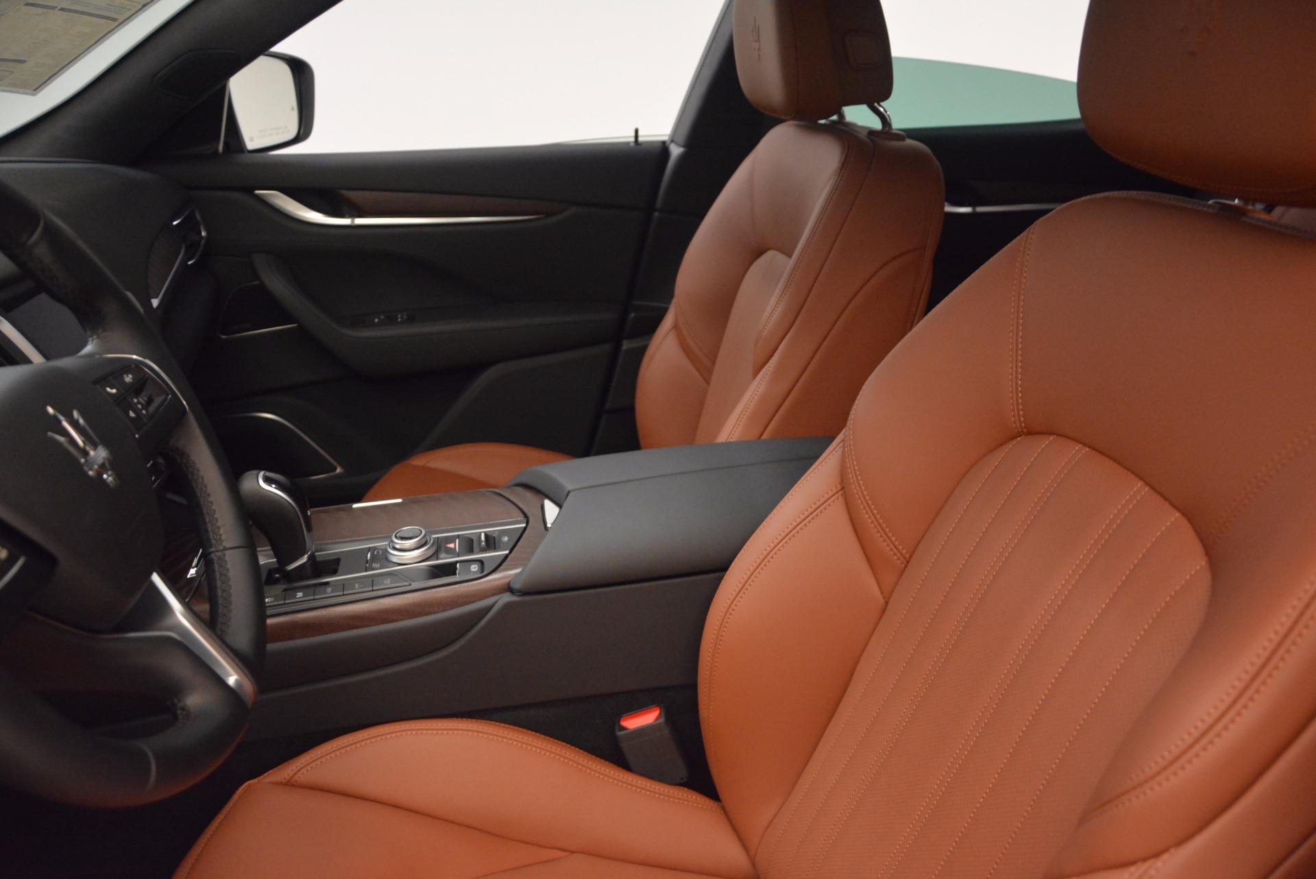 New 2018 Maserati Levante Q4 GranLusso For Sale In Greenwich, CT 1599_p14