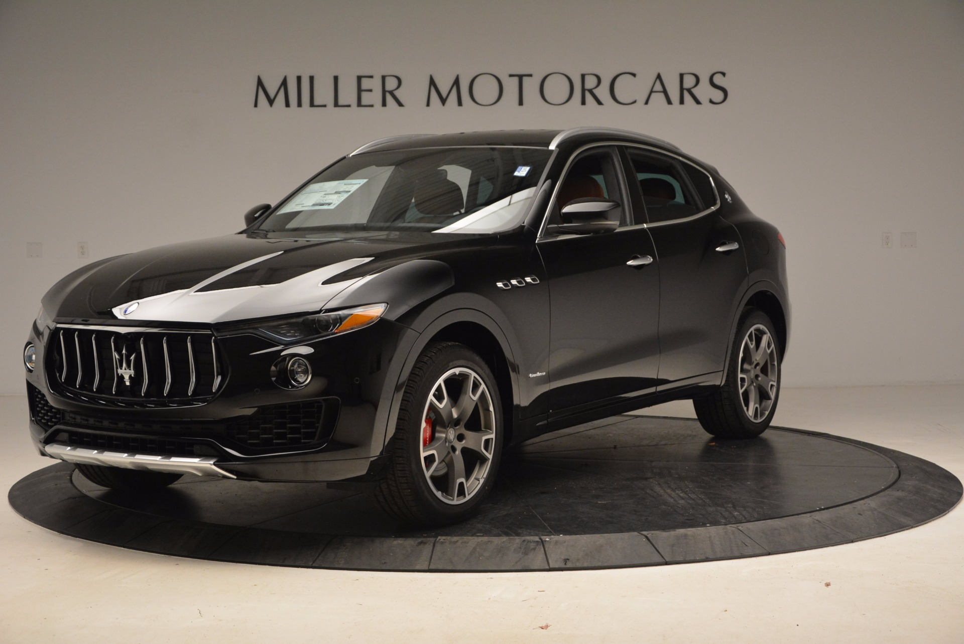 New 2018 Maserati Levante Q4 GranLusso For Sale In Greenwich, CT 1599_p2