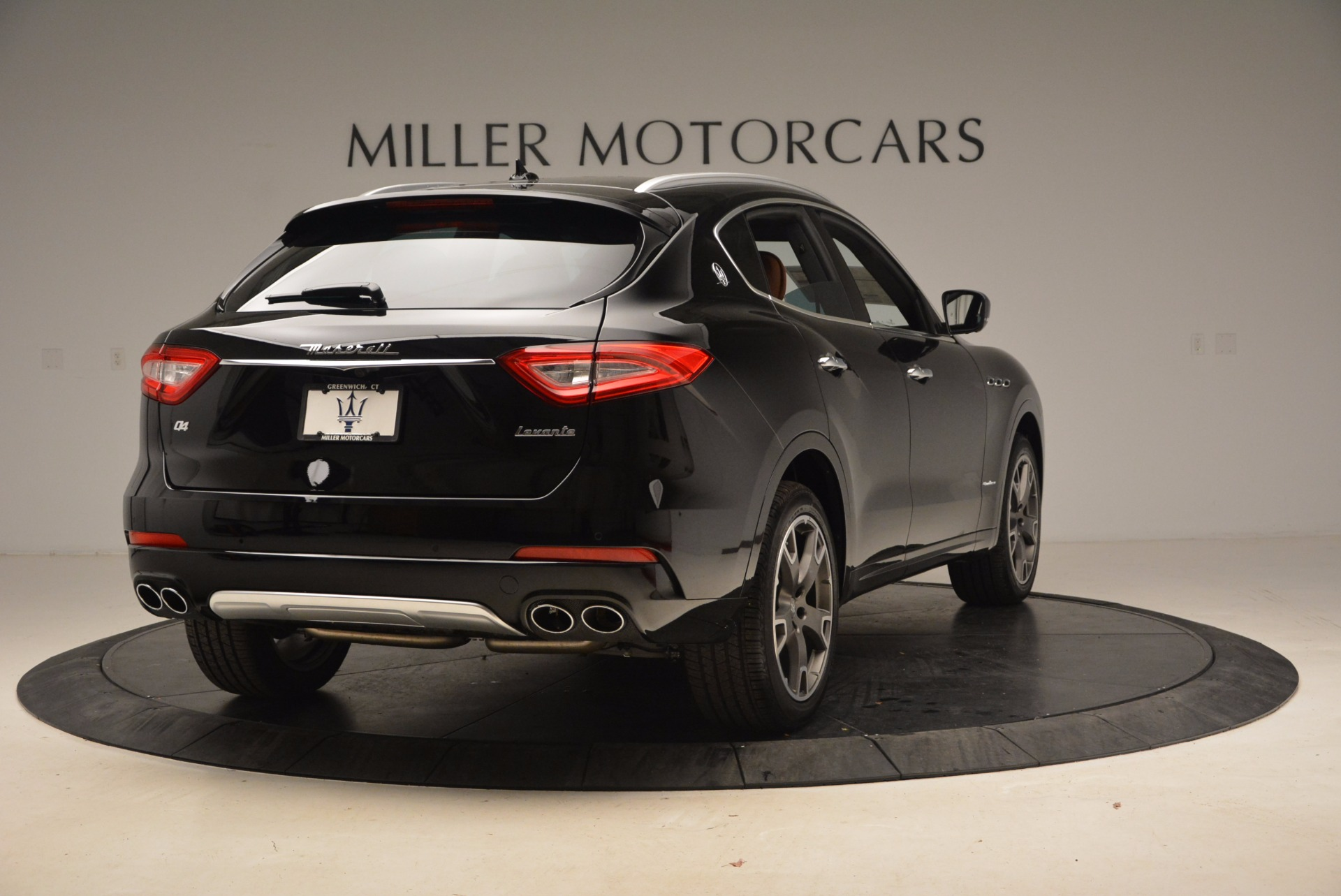 New 2018 Maserati Levante Q4 GranLusso For Sale In Greenwich, CT 1599_p7