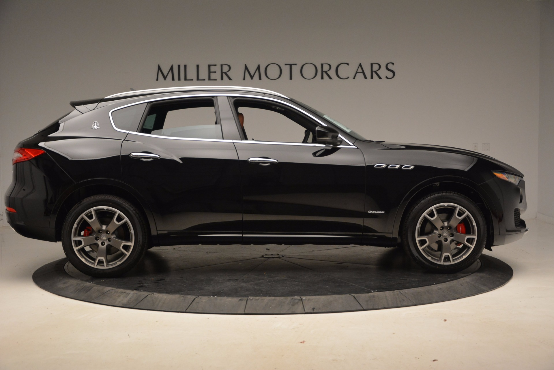 New 2018 Maserati Levante Q4 GranLusso For Sale In Greenwich, CT 1599_p9