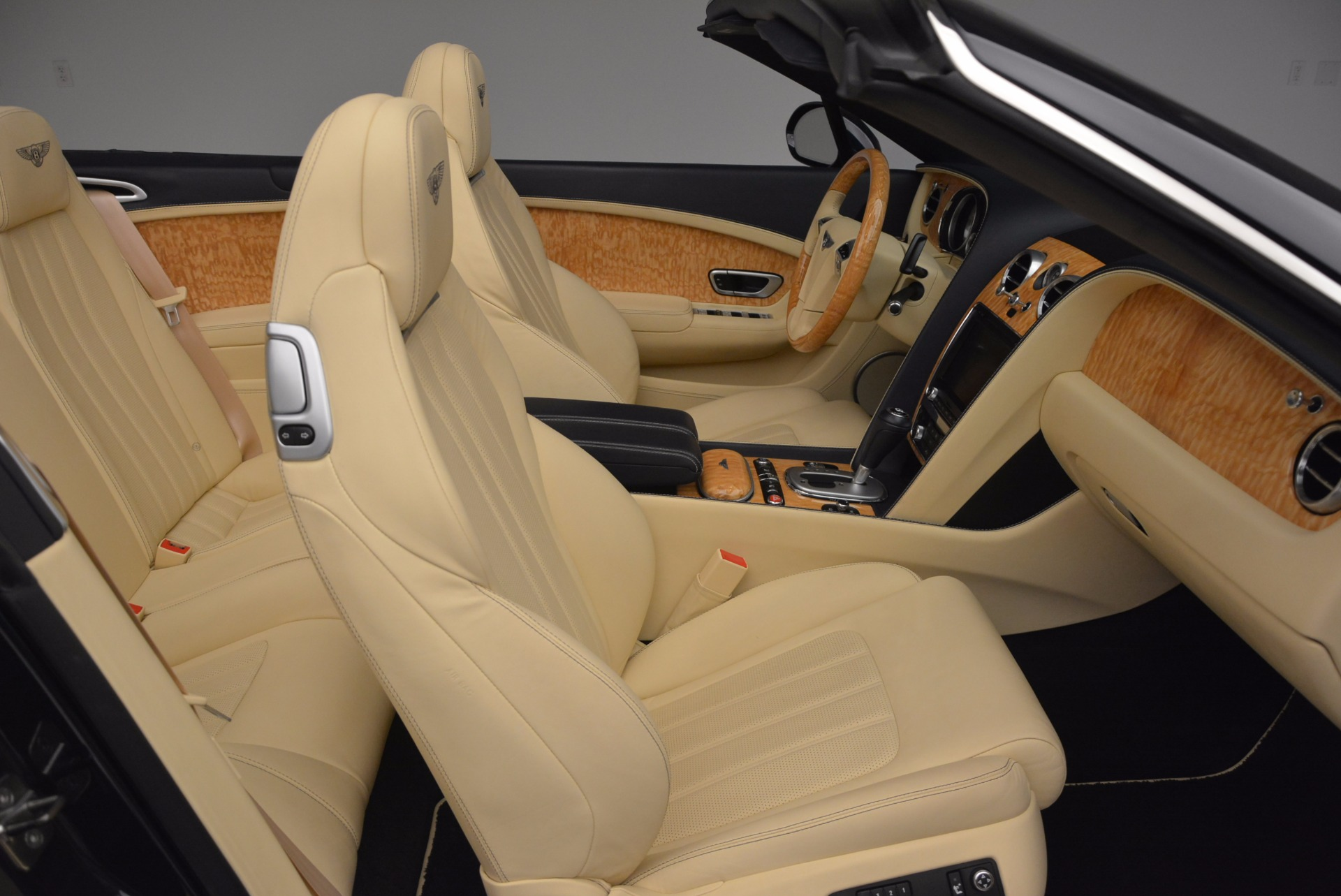 Used 2012 Bentley Continental GTC  For Sale In Greenwich, CT 16_p46