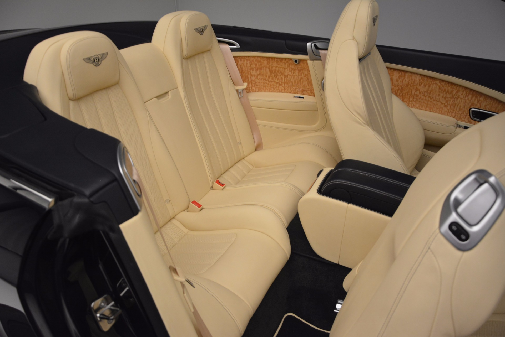 Used 2012 Bentley Continental GTC  For Sale In Greenwich, CT 16_p47