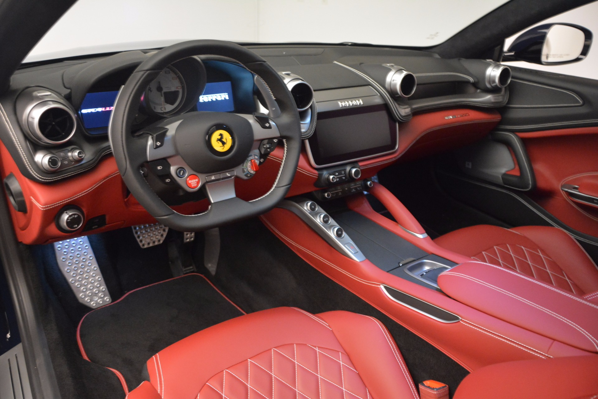 Used 2017 Ferrari GTC4Lusso  For Sale In Greenwich, CT 1601_p13