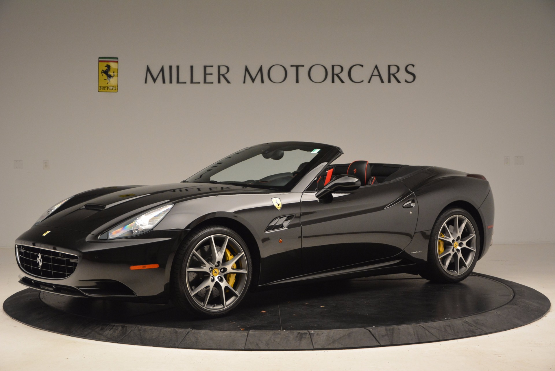Used 2013 Ferrari California  For Sale In Greenwich, CT 1603_p2