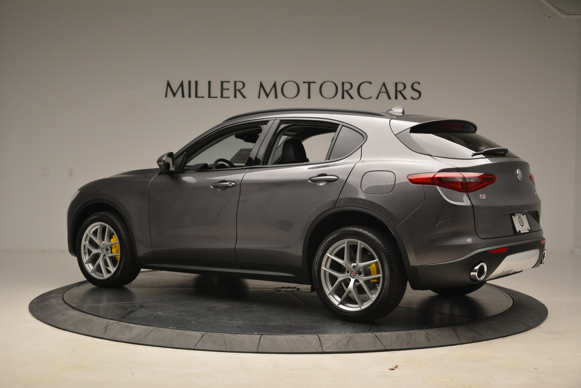 New 2018 Alfa Romeo Stelvio Sport Q4 For Sale In Greenwich, CT 1604_p4