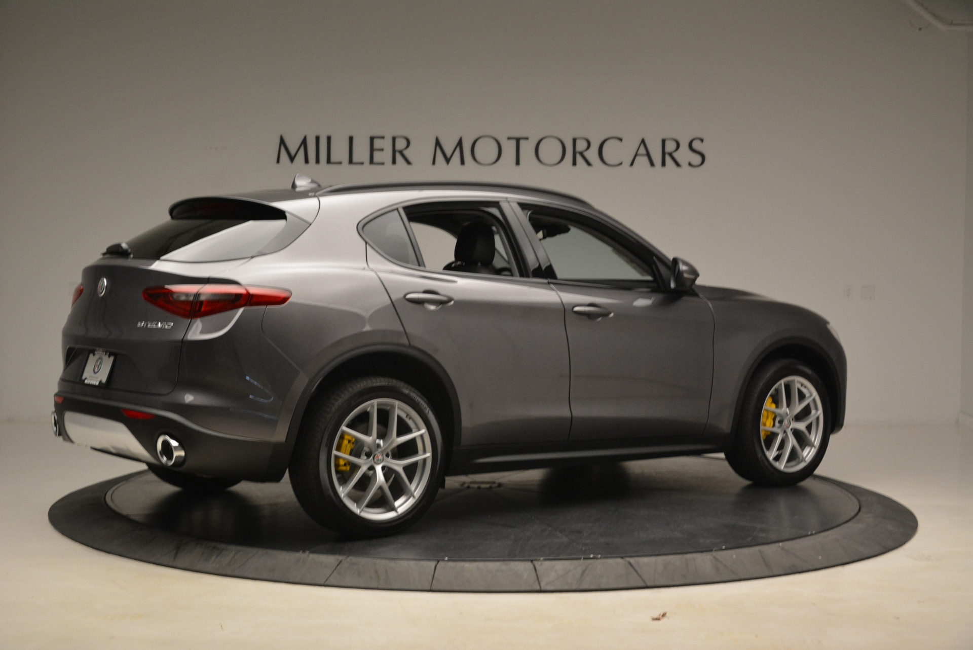 New 2018 Alfa Romeo Stelvio Sport Q4 For Sale In Greenwich, CT 1604_p8