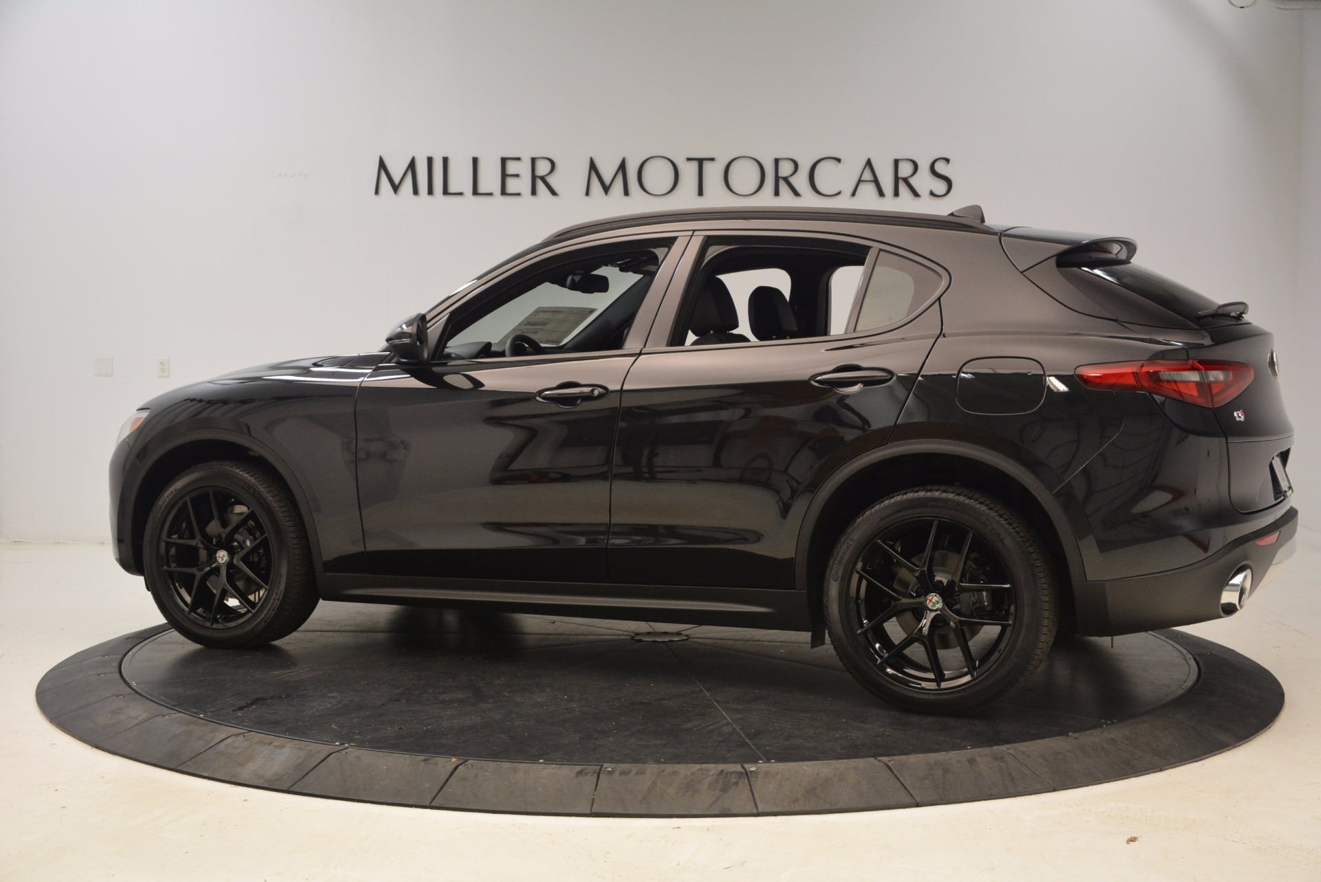 New 2018 Alfa Romeo Stelvio Ti Sport Q4 For Sale In Greenwich, CT 1605_p4
