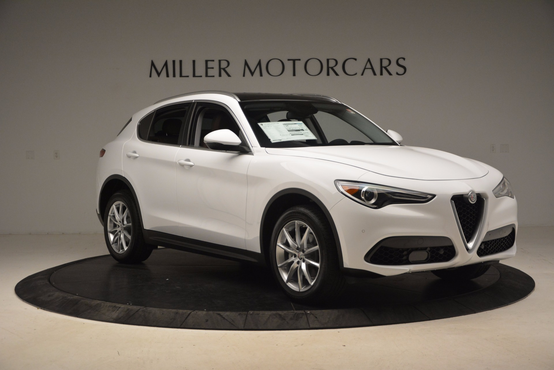 New 2018 Alfa Romeo Stelvio Ti Q4 For Sale In Greenwich, CT 1607_p11