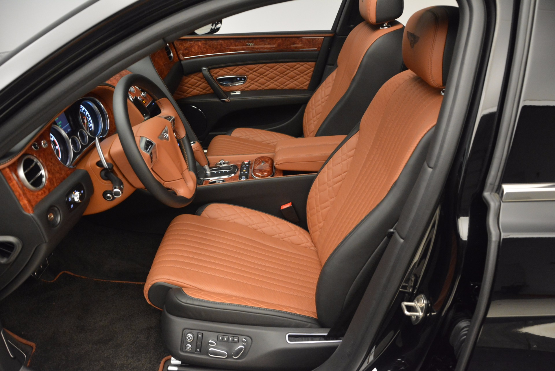 New 2017 Bentley Flying Spur W12 For Sale In Greenwich, CT 1616_p25