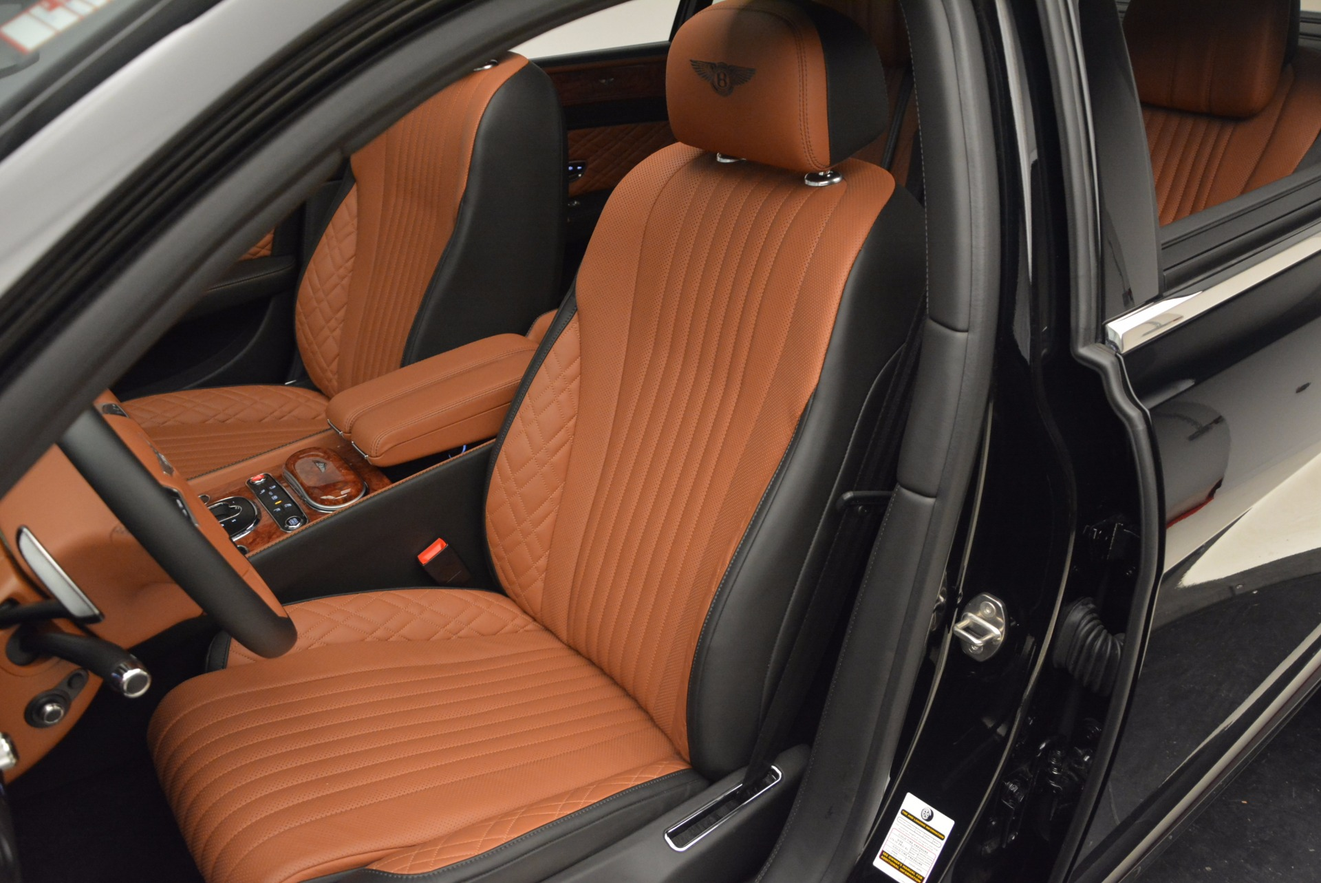 New 2017 Bentley Flying Spur W12 For Sale In Greenwich, CT 1616_p26