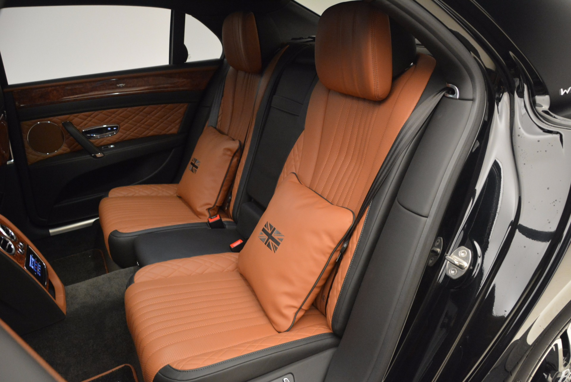 New 2017 Bentley Flying Spur W12 For Sale In Greenwich, CT 1616_p31