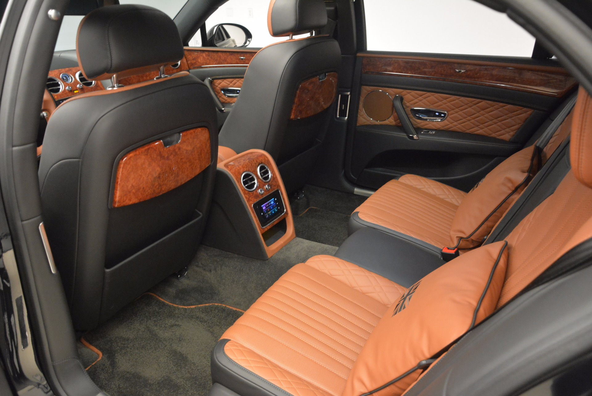 New 2017 Bentley Flying Spur W12 For Sale In Greenwich, CT 1616_p32