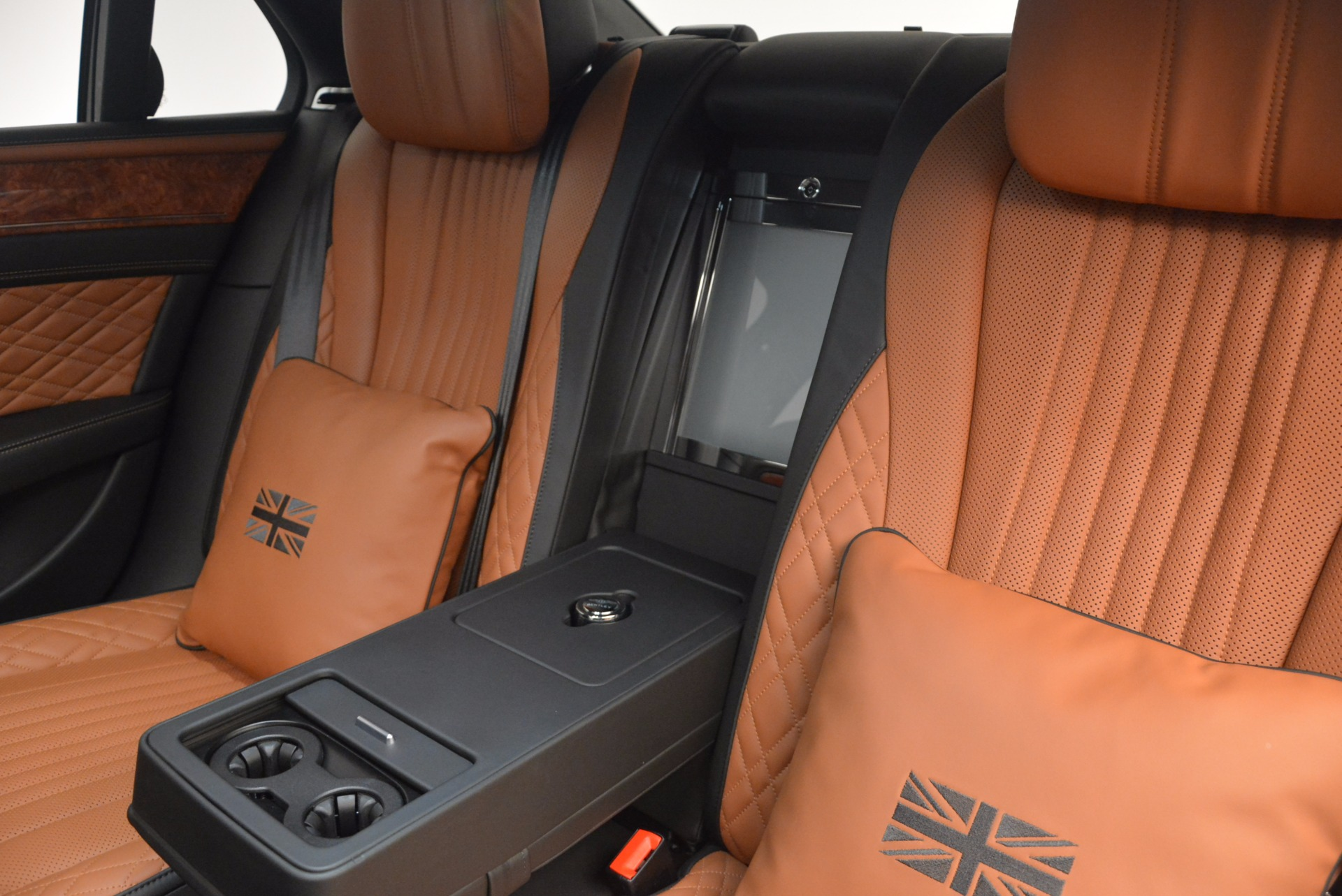 New 2017 Bentley Flying Spur W12 For Sale In Greenwich, CT 1616_p36