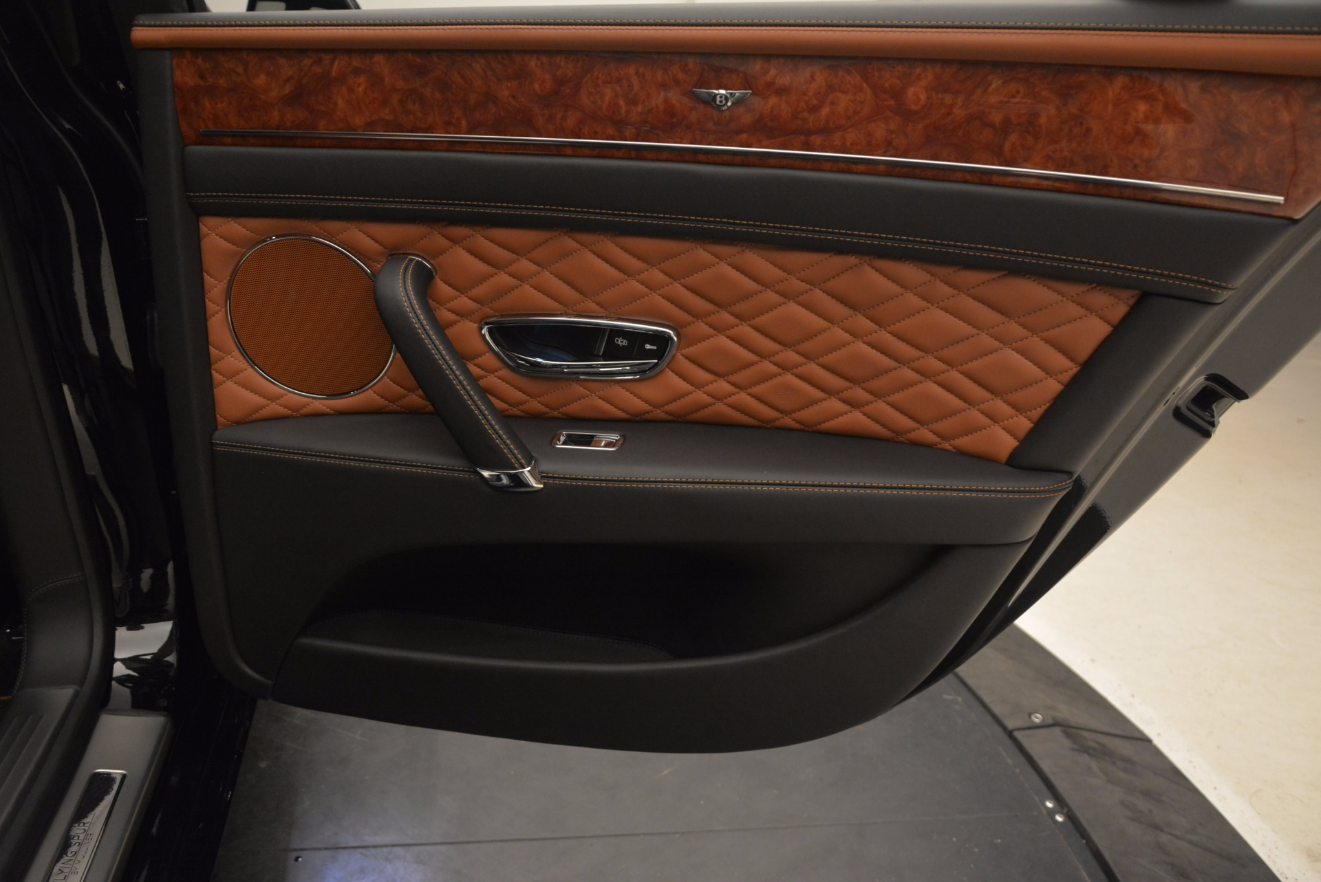 New 2017 Bentley Flying Spur W12 For Sale In Greenwich, CT 1616_p39